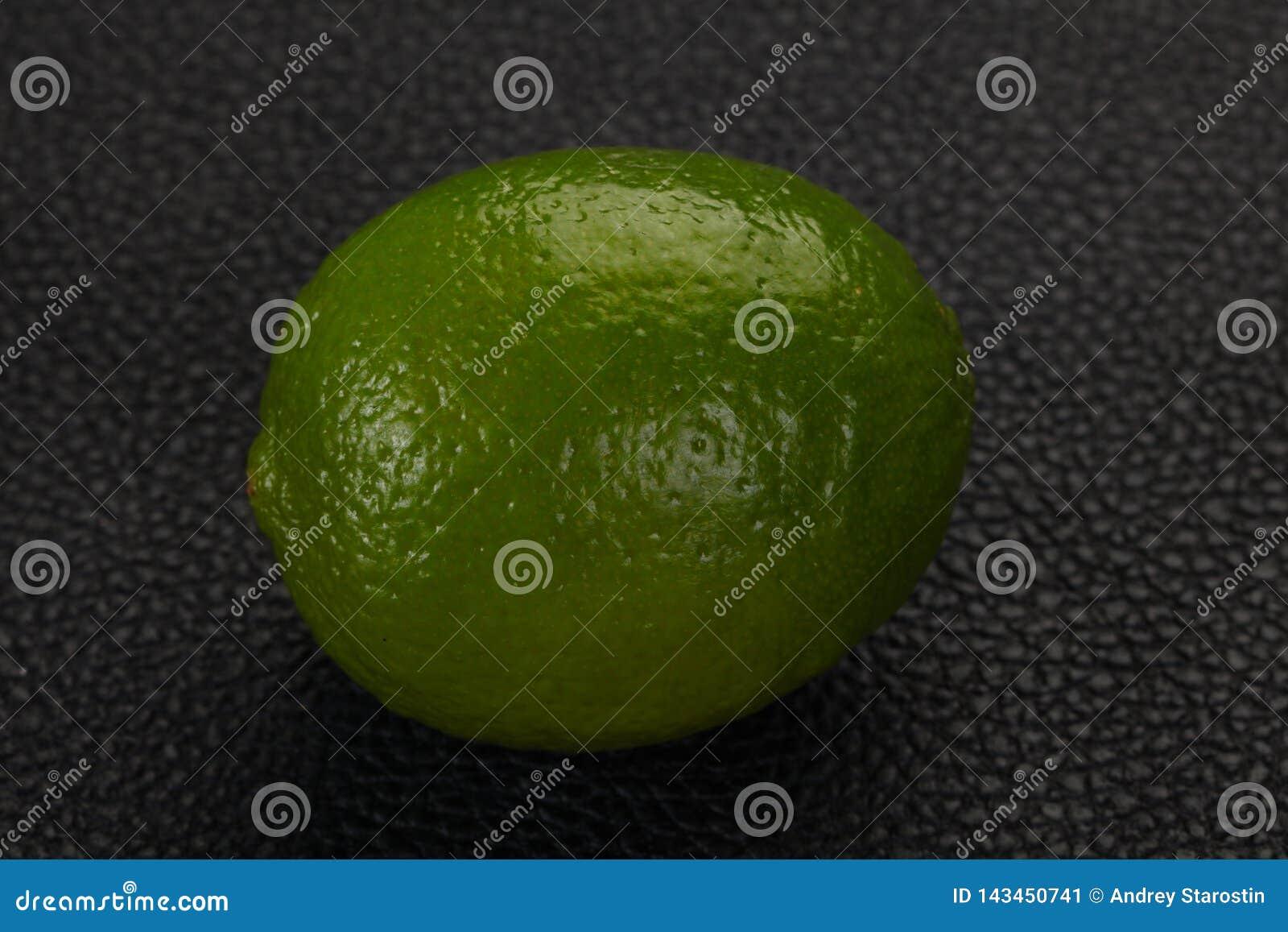Mogen grön limefrukt