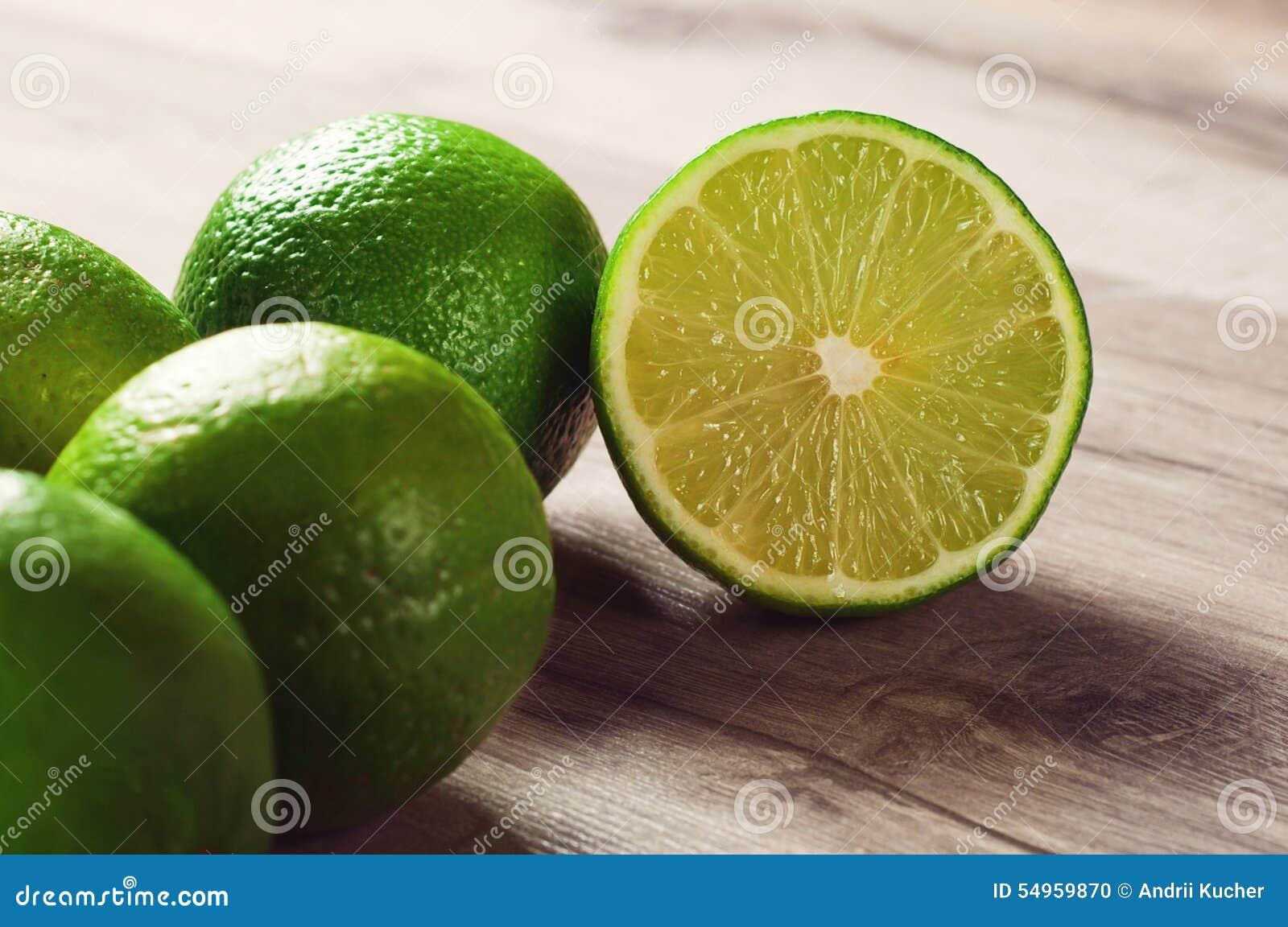 Mogen limefrukt