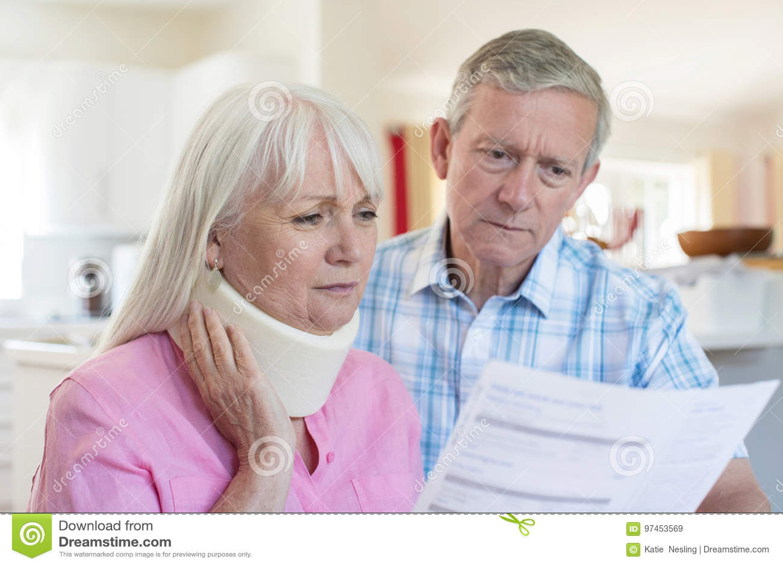 Mogen parläsningbokstav om skada för fru` s