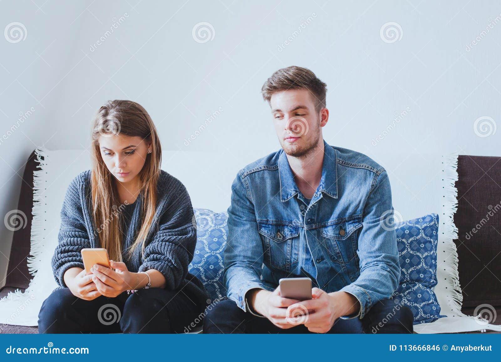 Datazione di un Consiglio sposato ragazzo