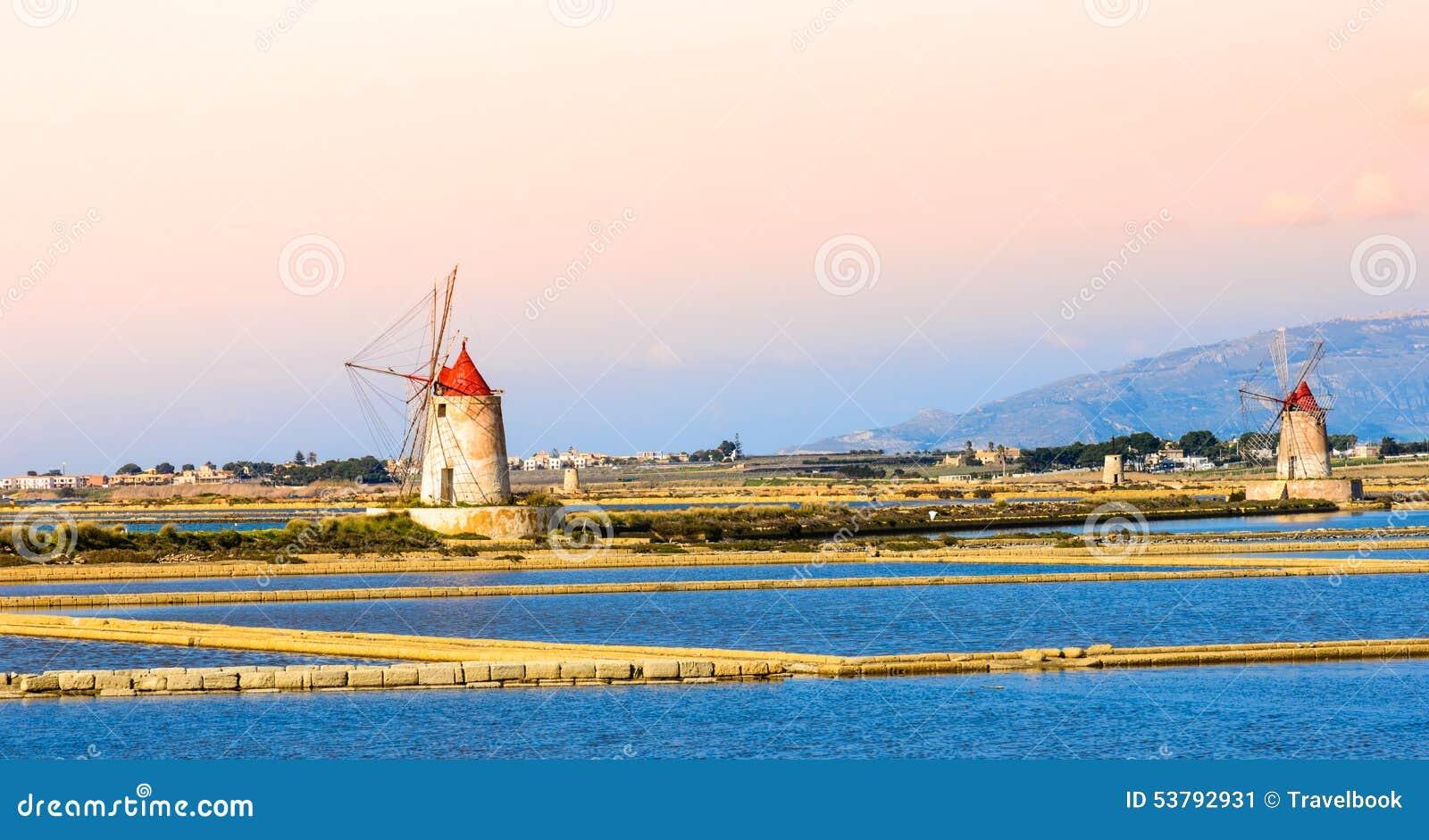 Moinhos de Sicília, de Trapani, de produção de sal, salinos e de sal