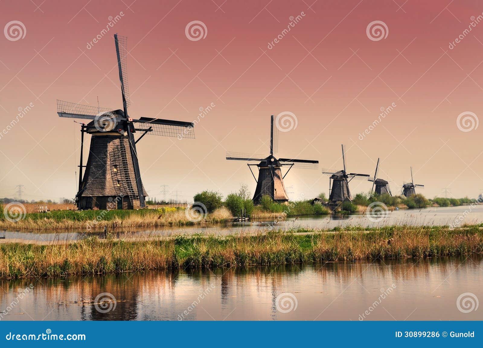 Moinhos de vento de Kinderdijk