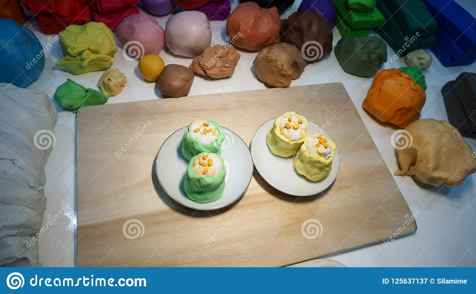Mold clay food is dim sum shrimp yellow and green create art of