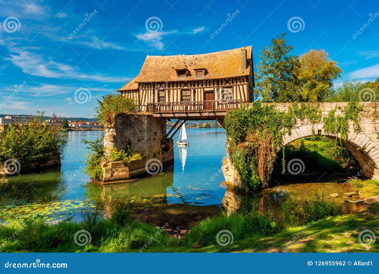Molino viejo en Vernon Normandy France