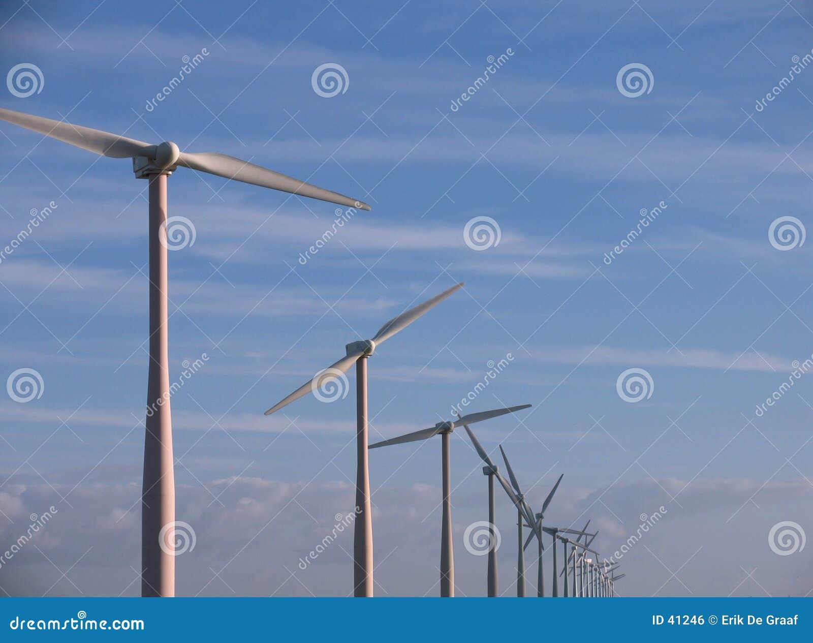 Download Molinoes de viento foto de archivo. Imagen de aire, ambiental - 41246