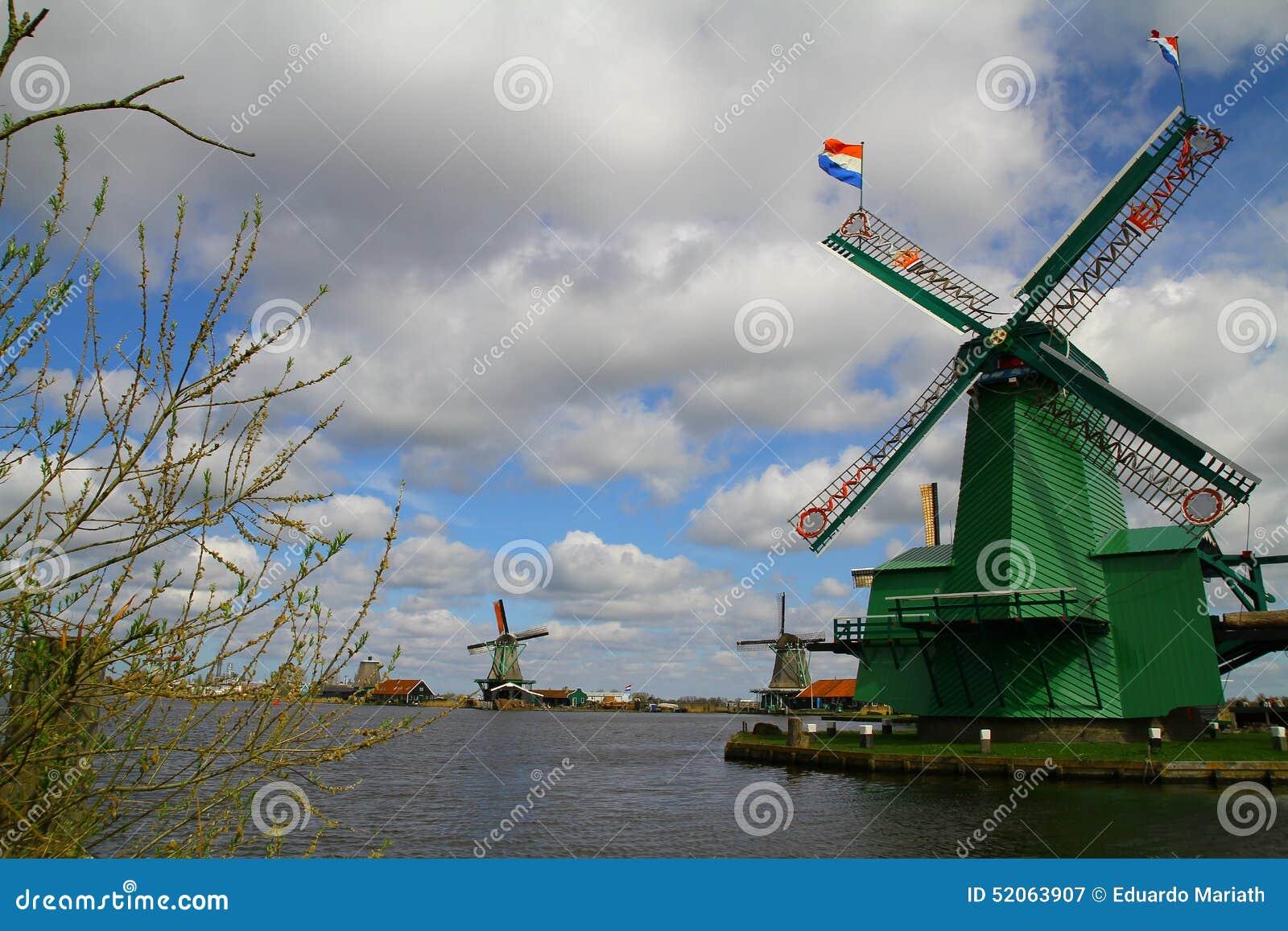 Molinos de viento holandeses de Zaanse Schans - Países Bajos