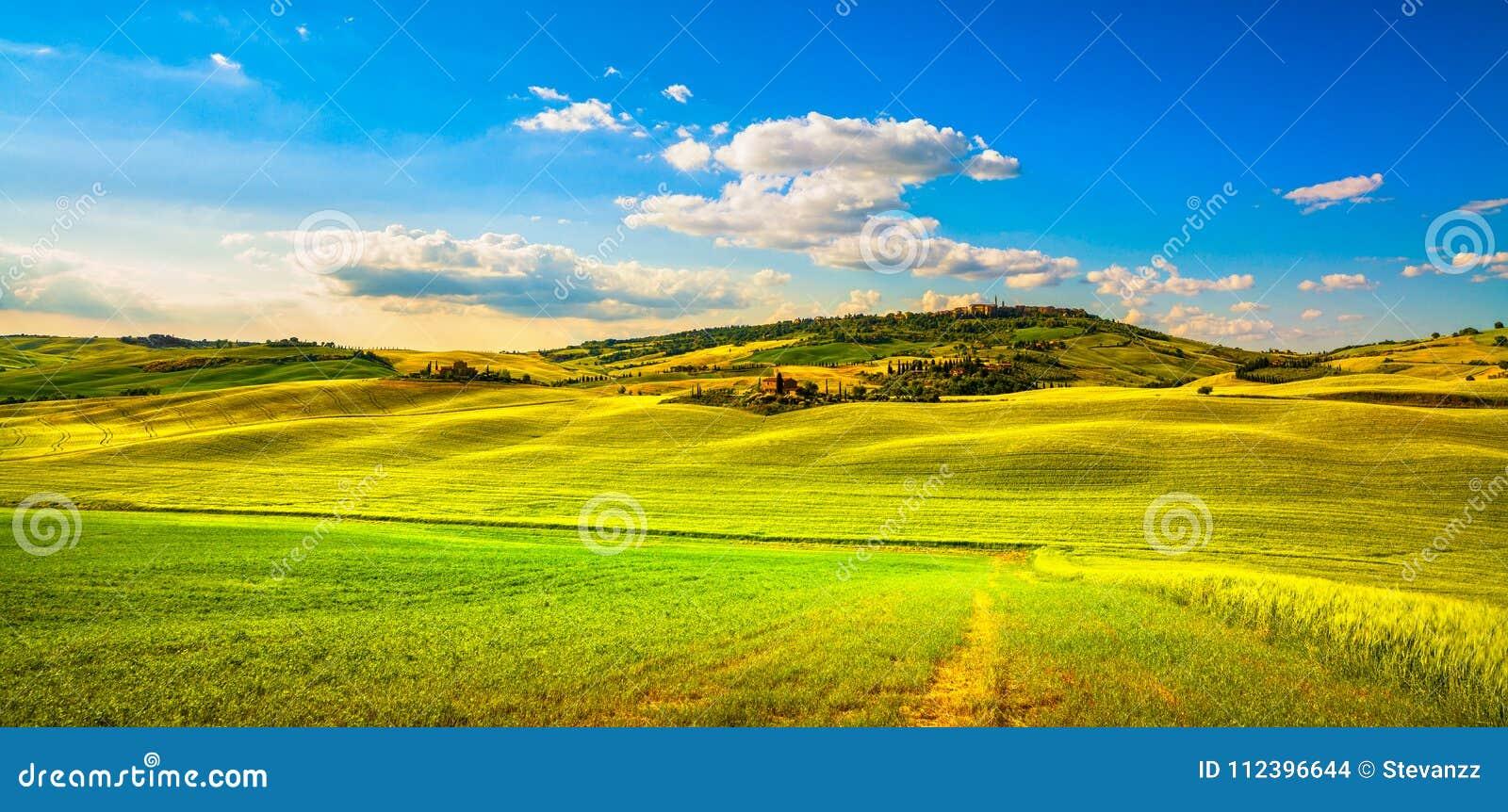 Molla della Toscana, villaggio di Pienza e campagna medievali Siena,