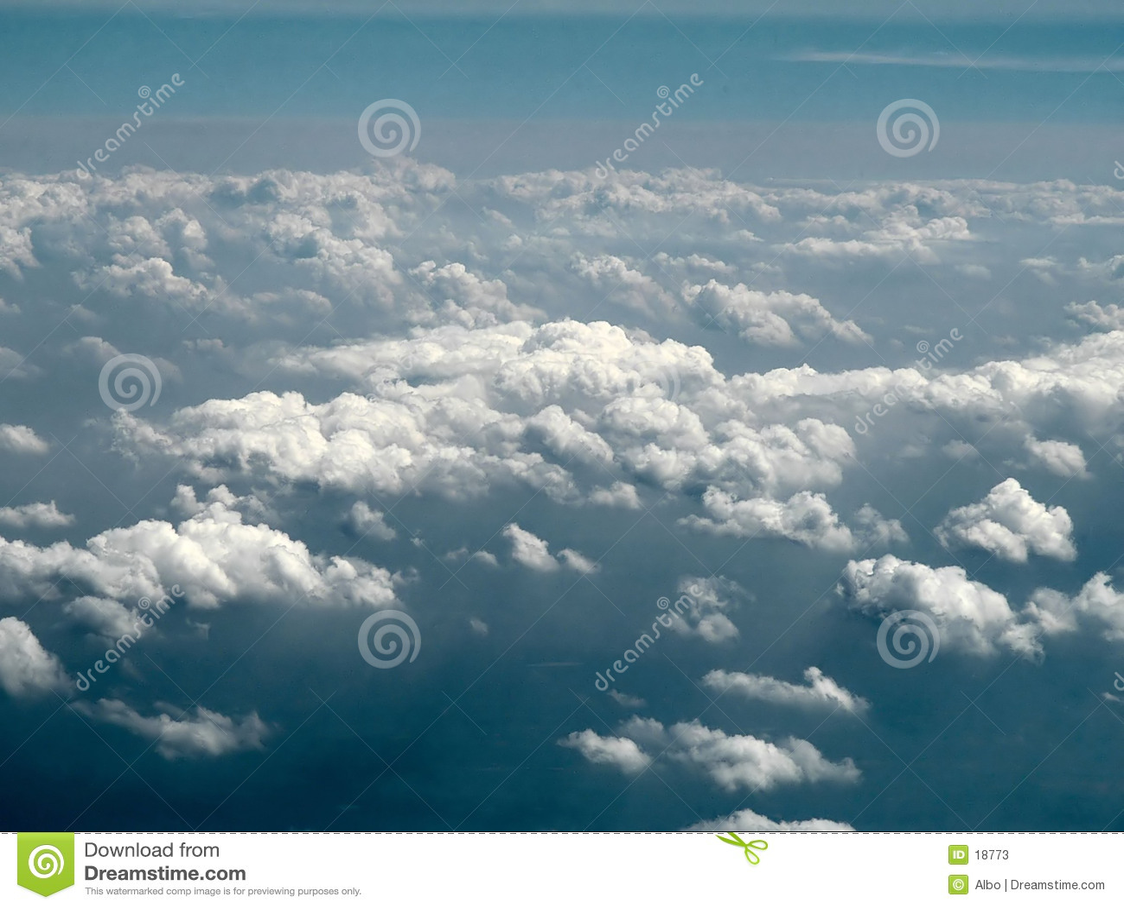 Molnig sky