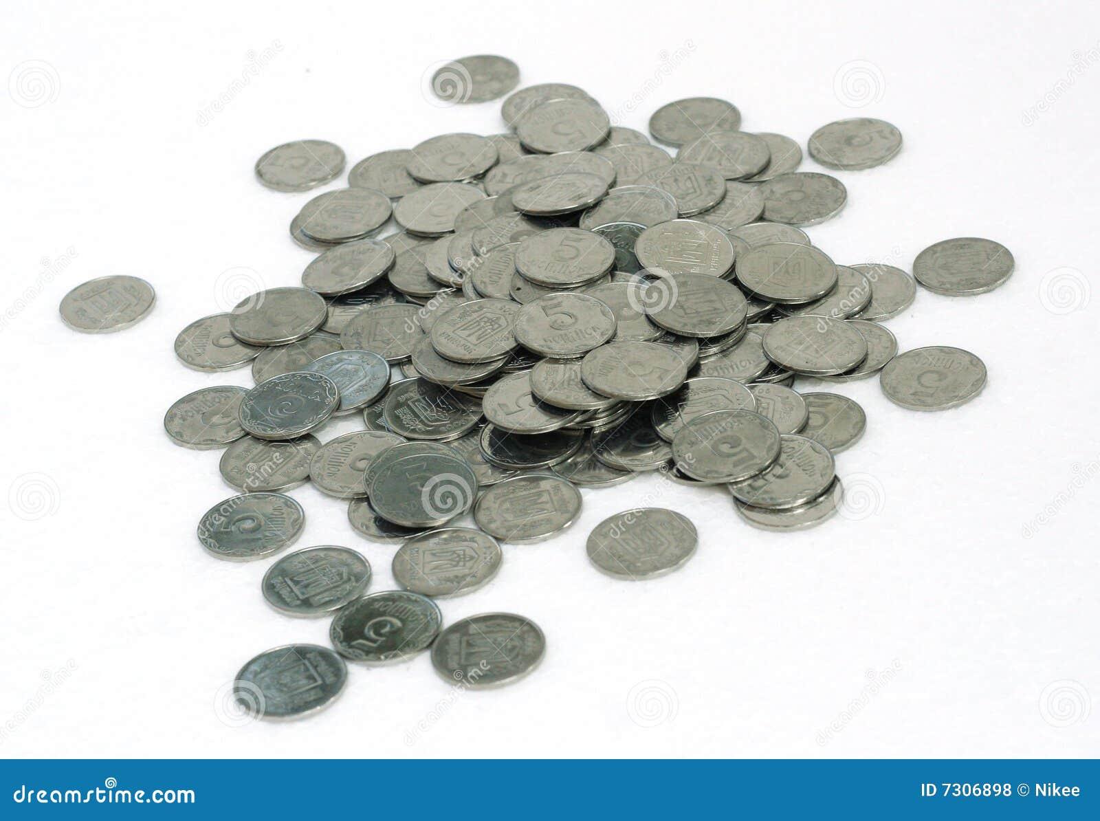 Molte piccole monete