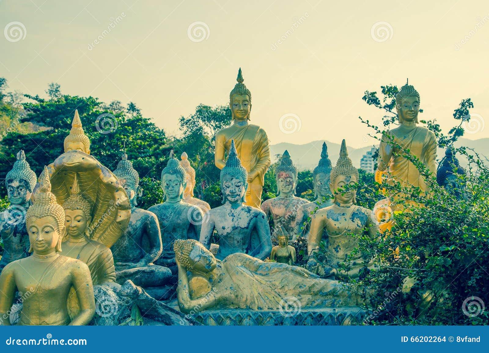 Molto tempio di Buddha Khao Takiab in Hua Hin Thailand