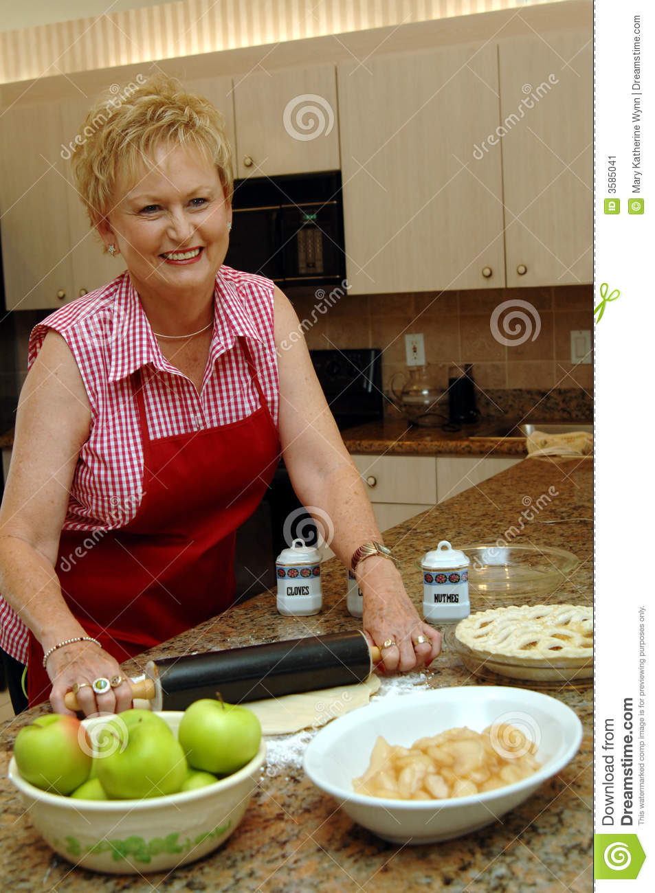 Mom cooking apple pie stock image. Image of apple, baking ...