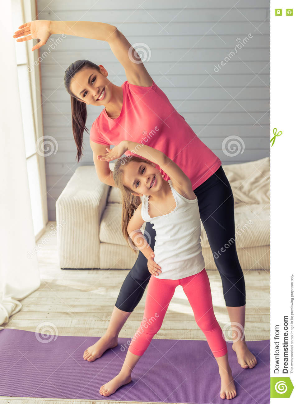 nude yoga mother and daughter