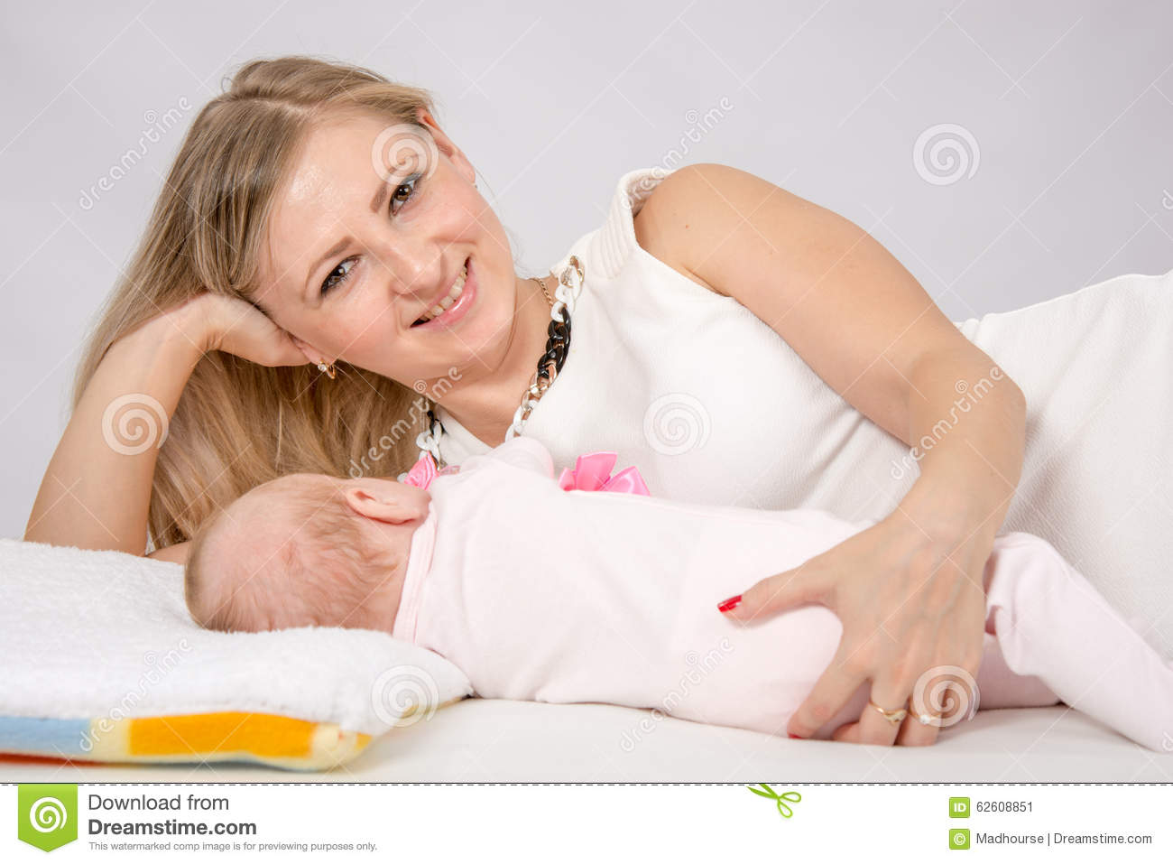 Baby bed next to mom - Mom Hugged Her Baby Lying Next To Him