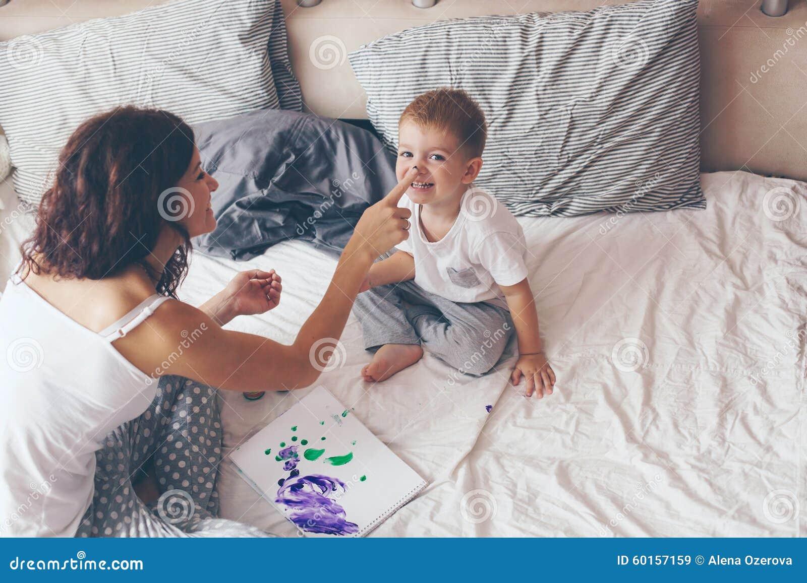 Рассказ как сын поимел маму, Рассказы, истории, о сексе. Мать и сын реальные секс 23 фотография