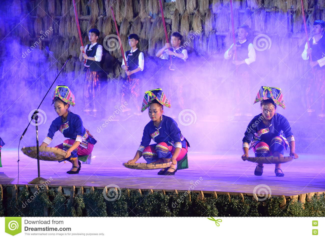 Moment of traditional show of people s