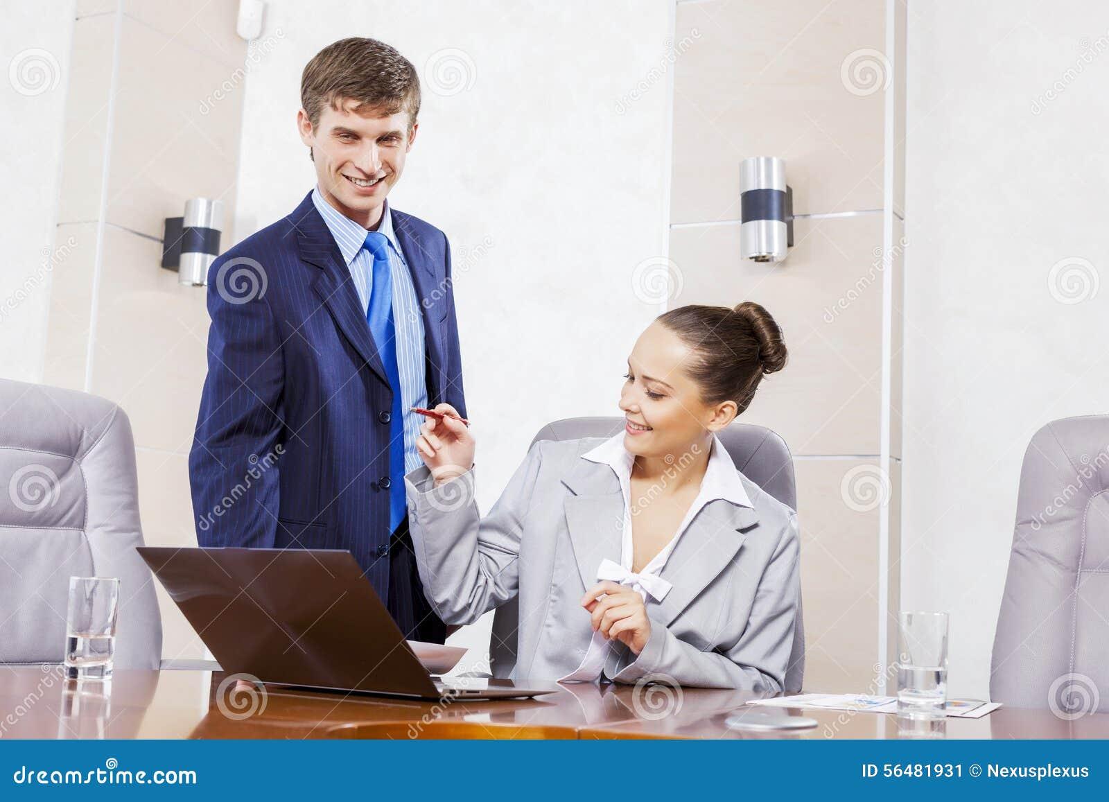 Moments de travail de bureau