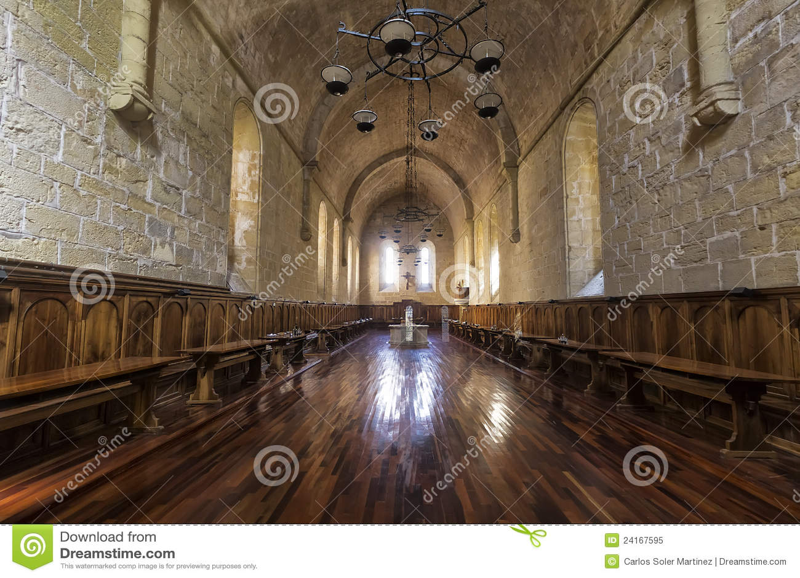 Sala Da Pranzo Della Santa Maria De Poblet Fotografia Stock Libera Da  #82A328 1300 957 Sala Da Pranzo Natale