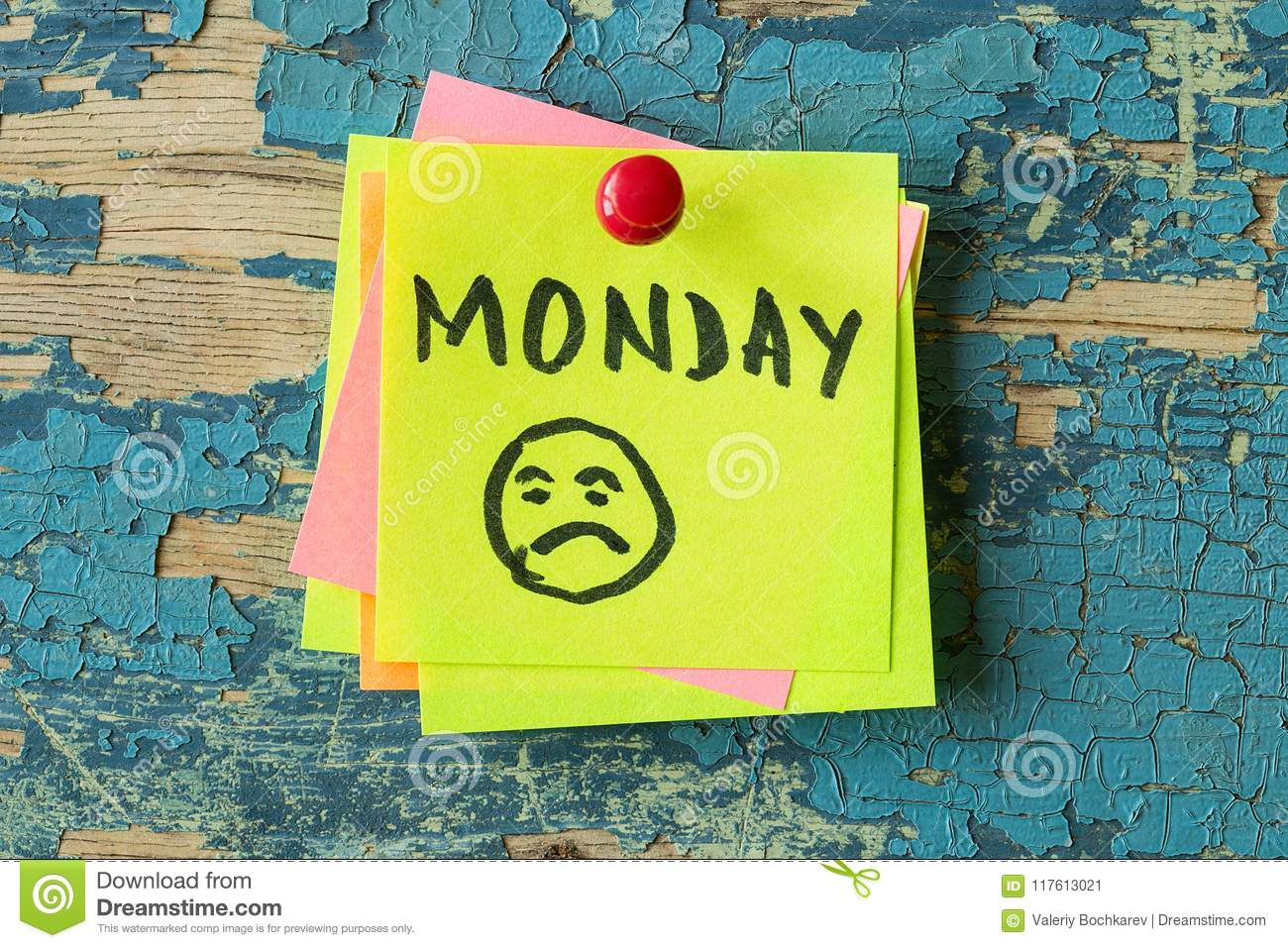 MONDAY text written on sticky note on rustic background