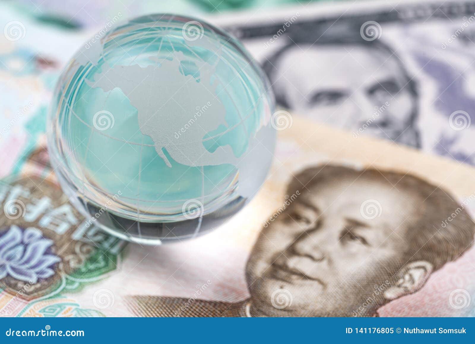 Monde ou entretien financier global de négociation de guerre commerciale de tarif, collaboration ou discuter le concept, globe de