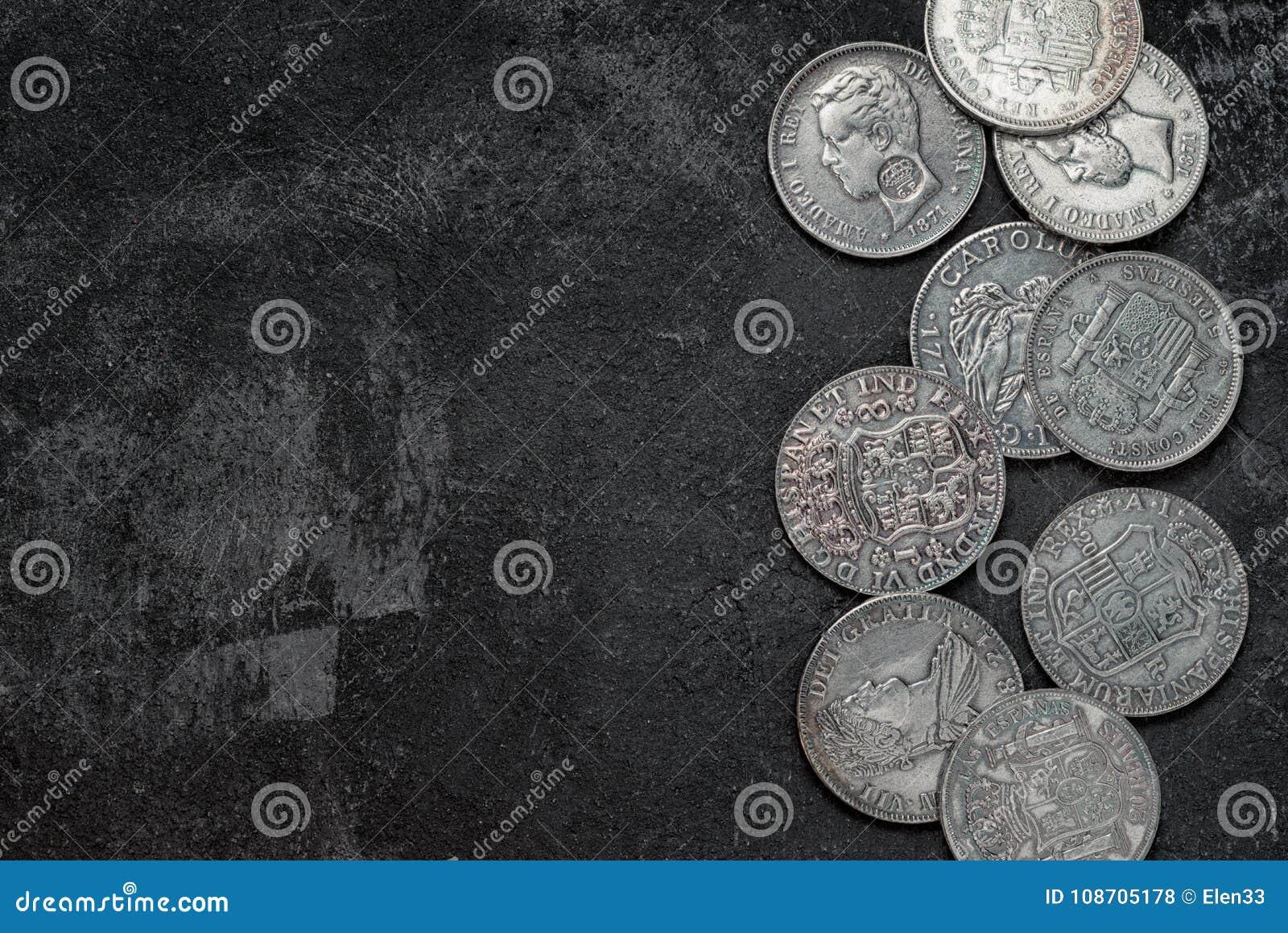 Monedas Españolas De Plata Antiguas Foto de archivo - Imagen de ...