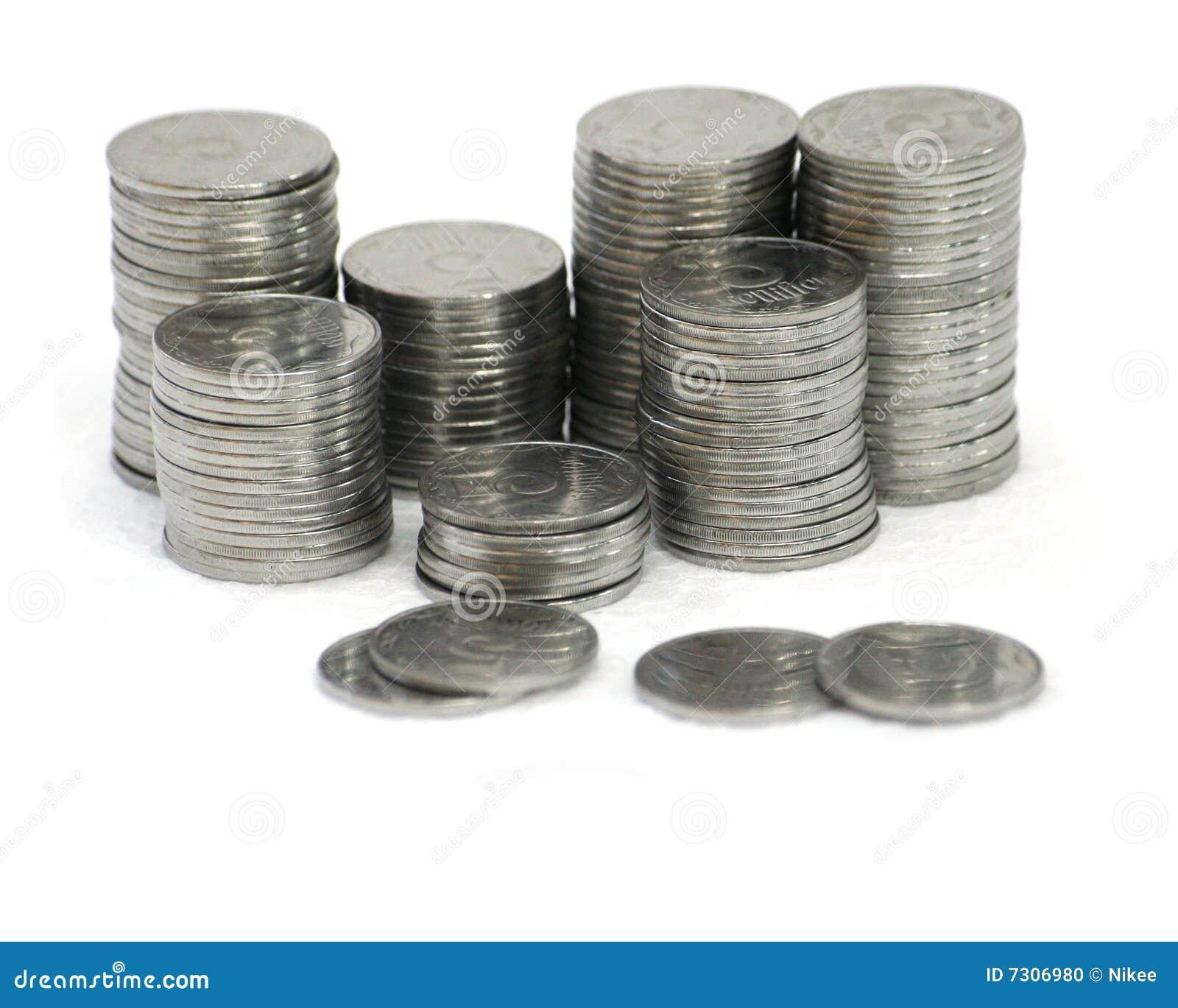 Monete delle colonne di ormeggio su priorità bassa bianca