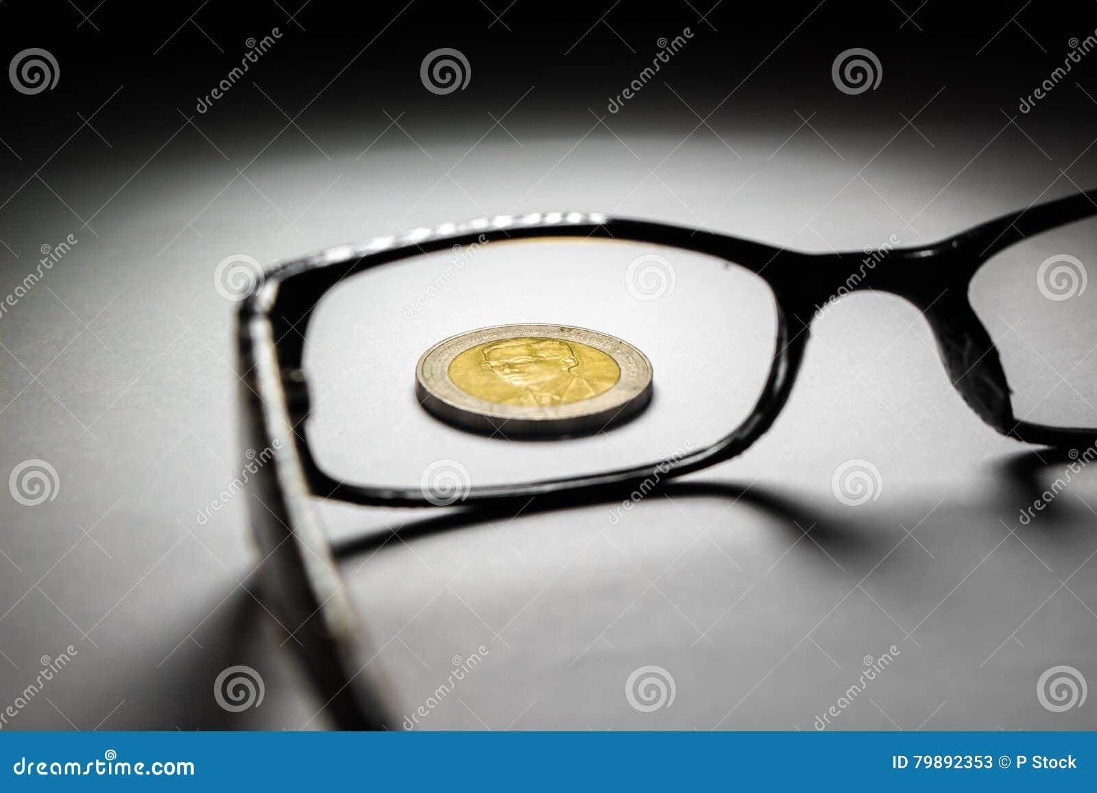 Monete e vetri della Tailandia