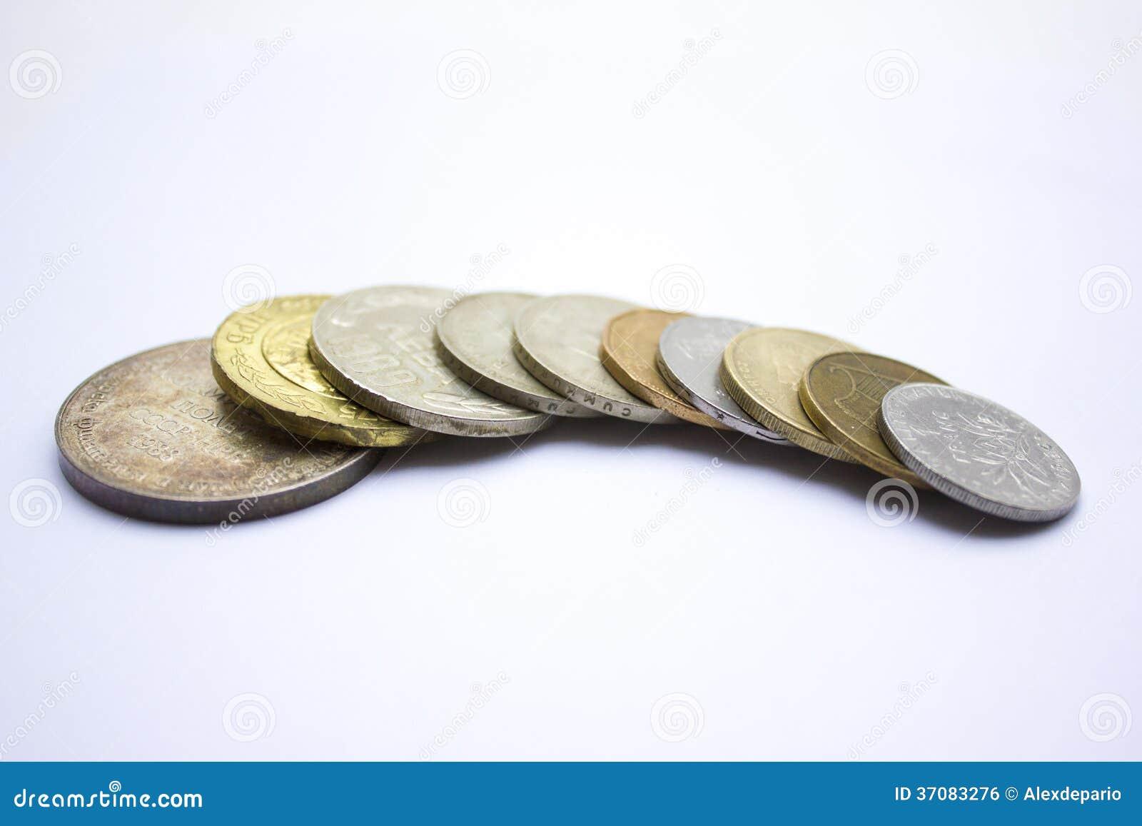 Download Monety na całym świecie zdjęcie stock. Obraz złożonej z złoto - 37083276