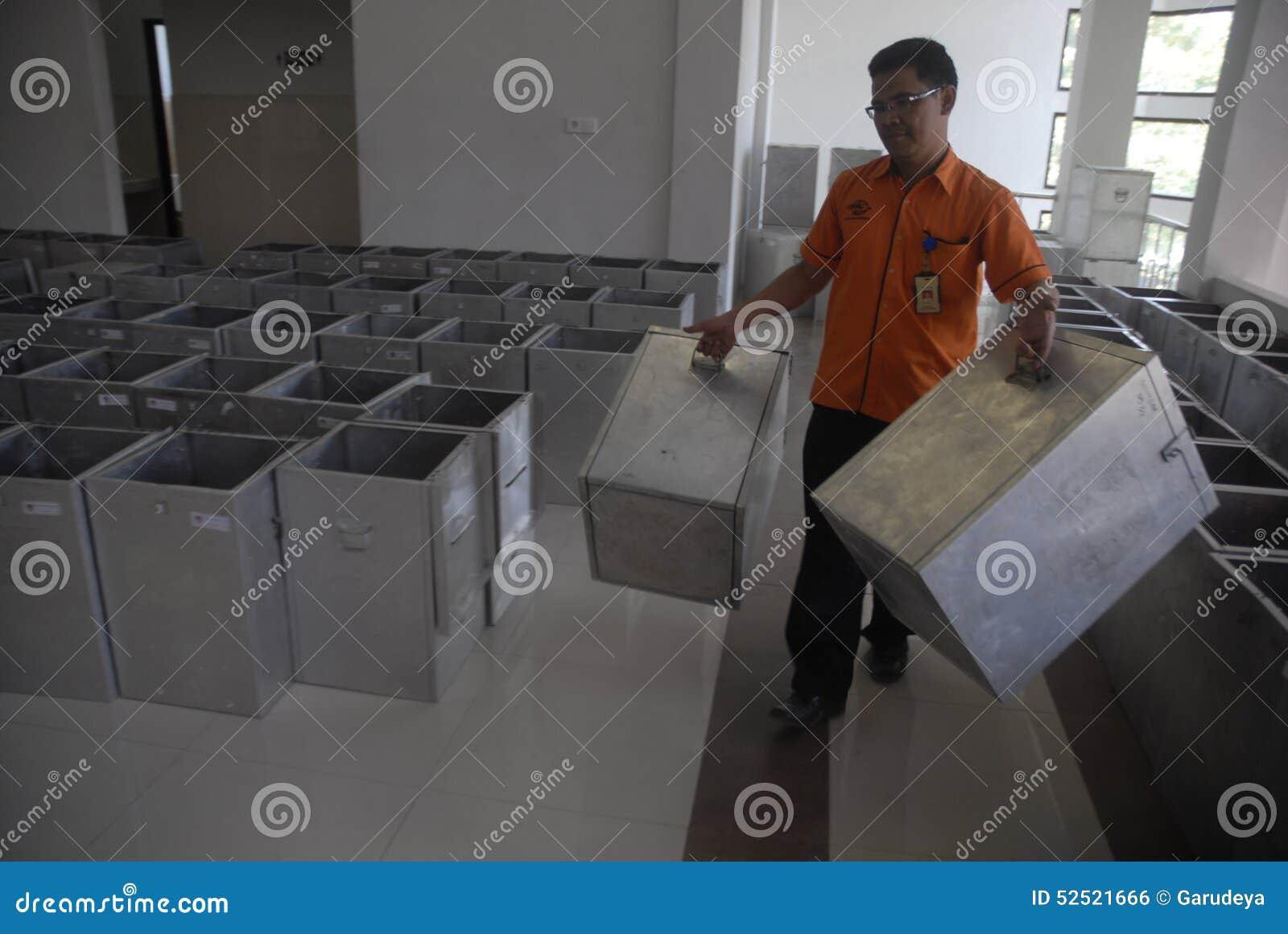 MONEY POLITICS INDONESIAN DEMOCRACY