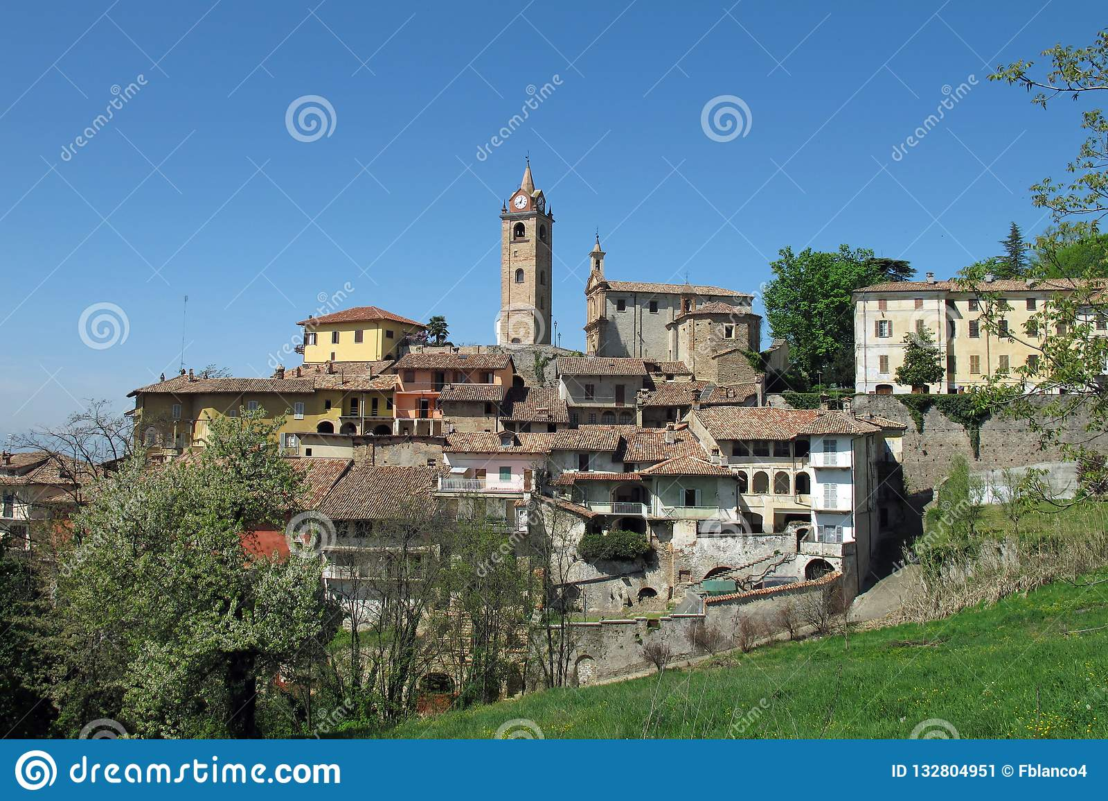 Monforte D 'album i den Piemonte vinregionen av nordliga Italien