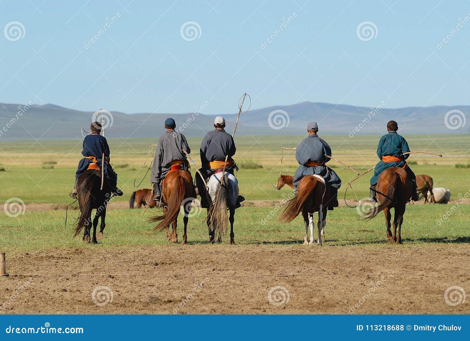 männer reiten