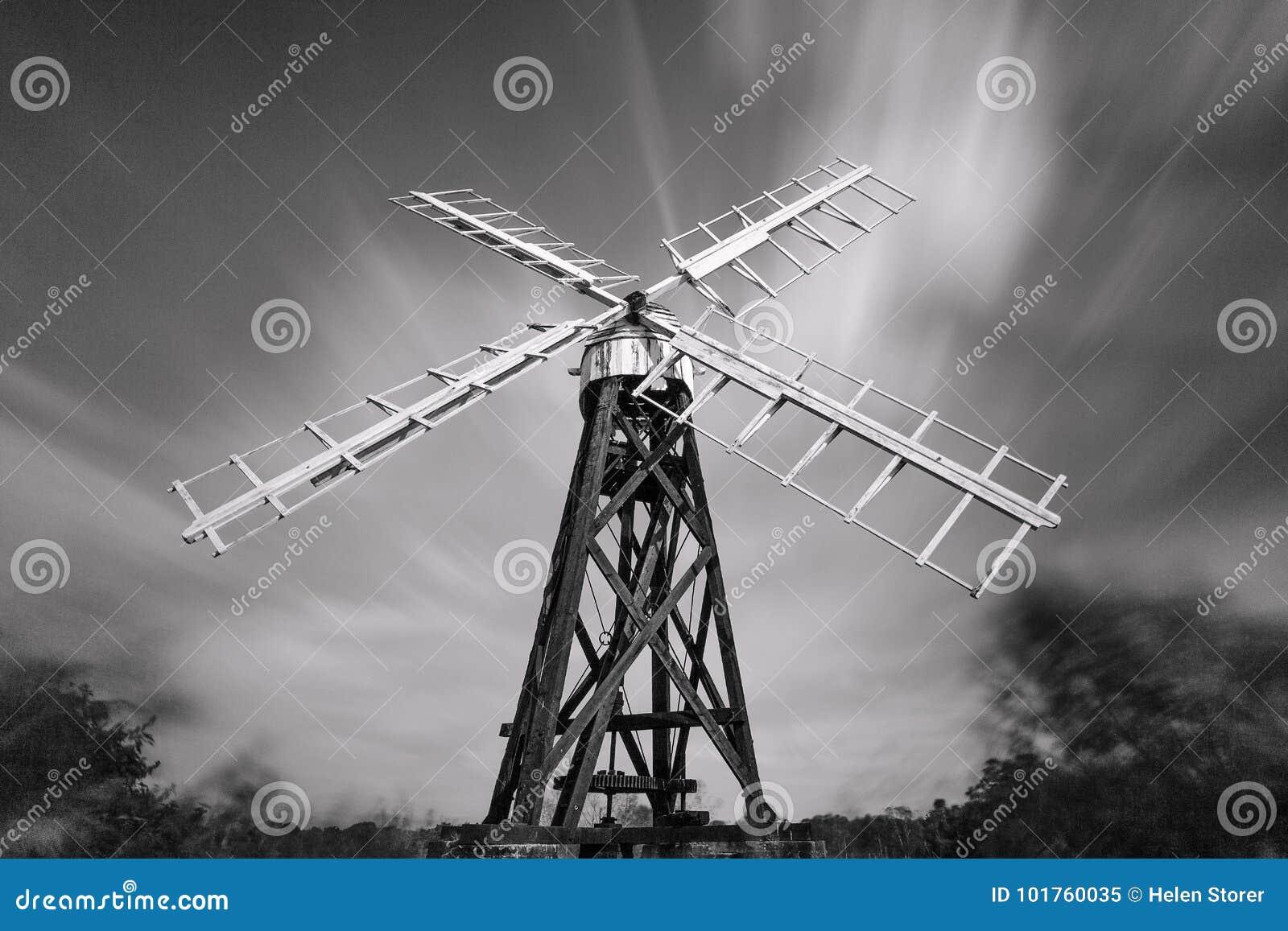 Mono Drainage Mill, River Ant, Norfolk Broads, England, Uk