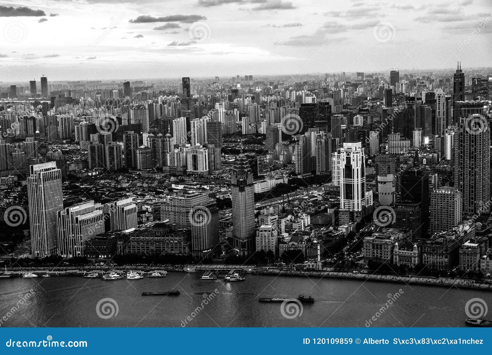 Monochrome Шанхай