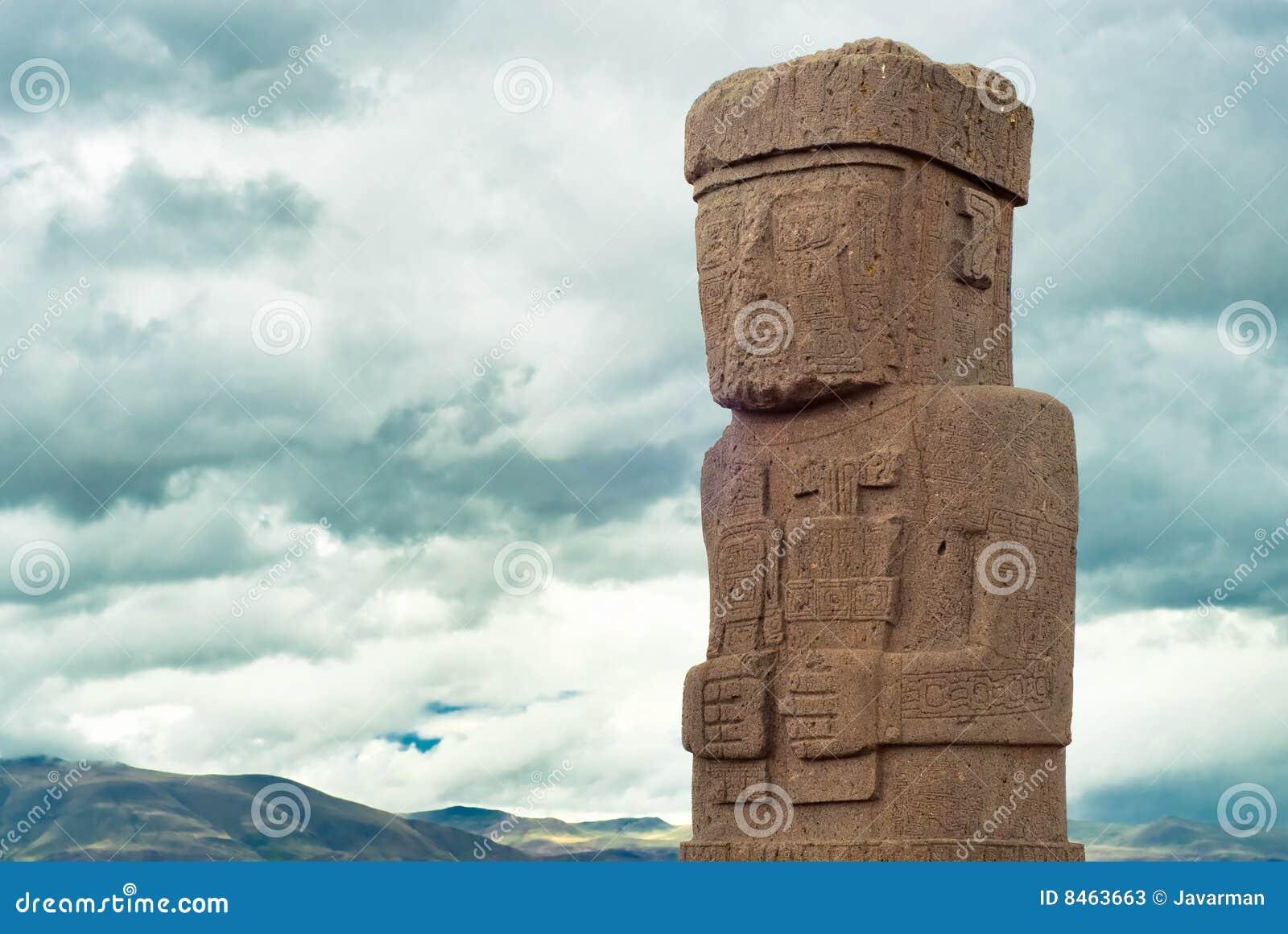 Monoliten på fördärvar av Tiwanaku, Bolivia