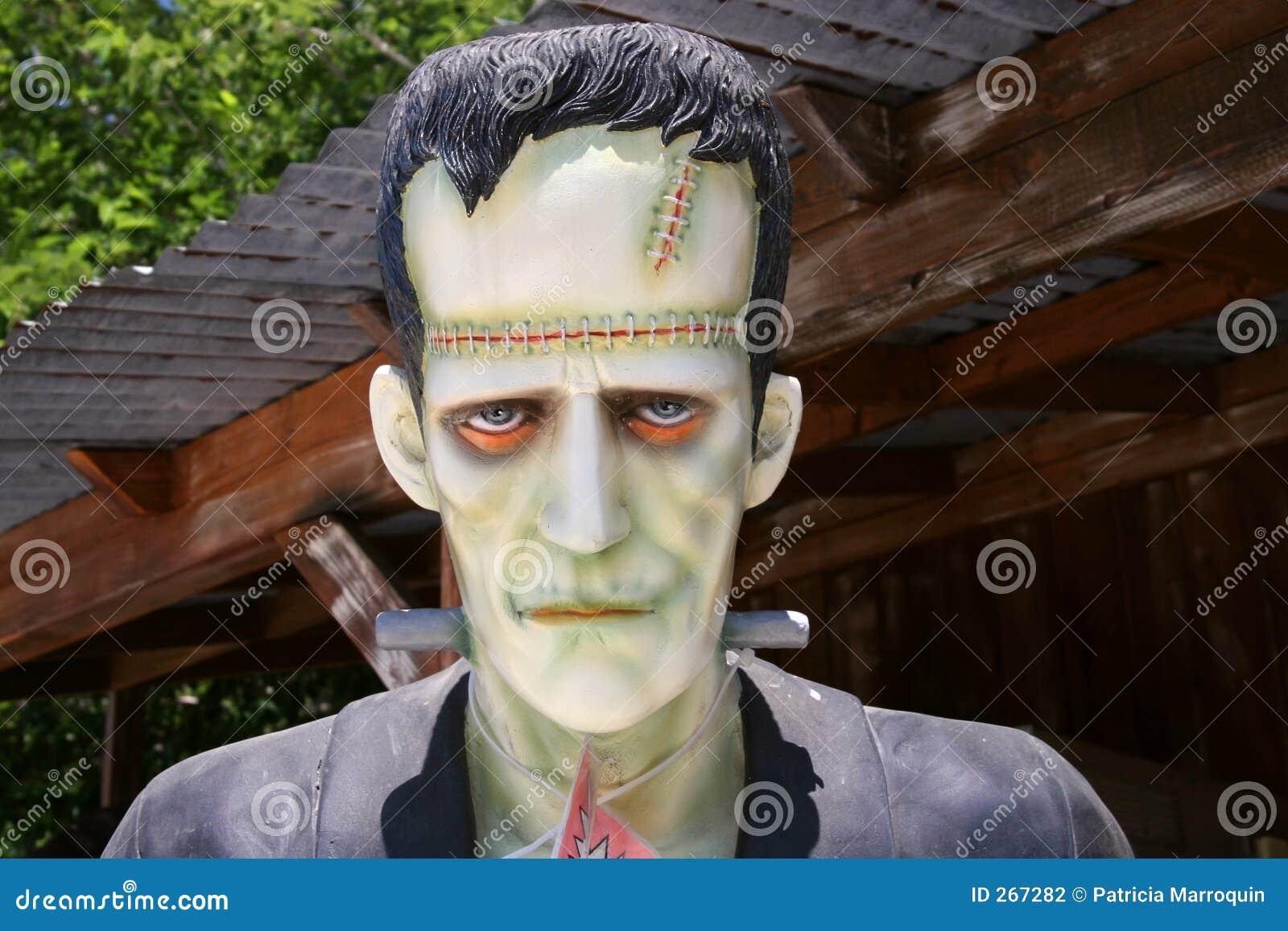 http://thumbs.dreamstime.com/z/monstre-de-frankenstein-267282.jpg
