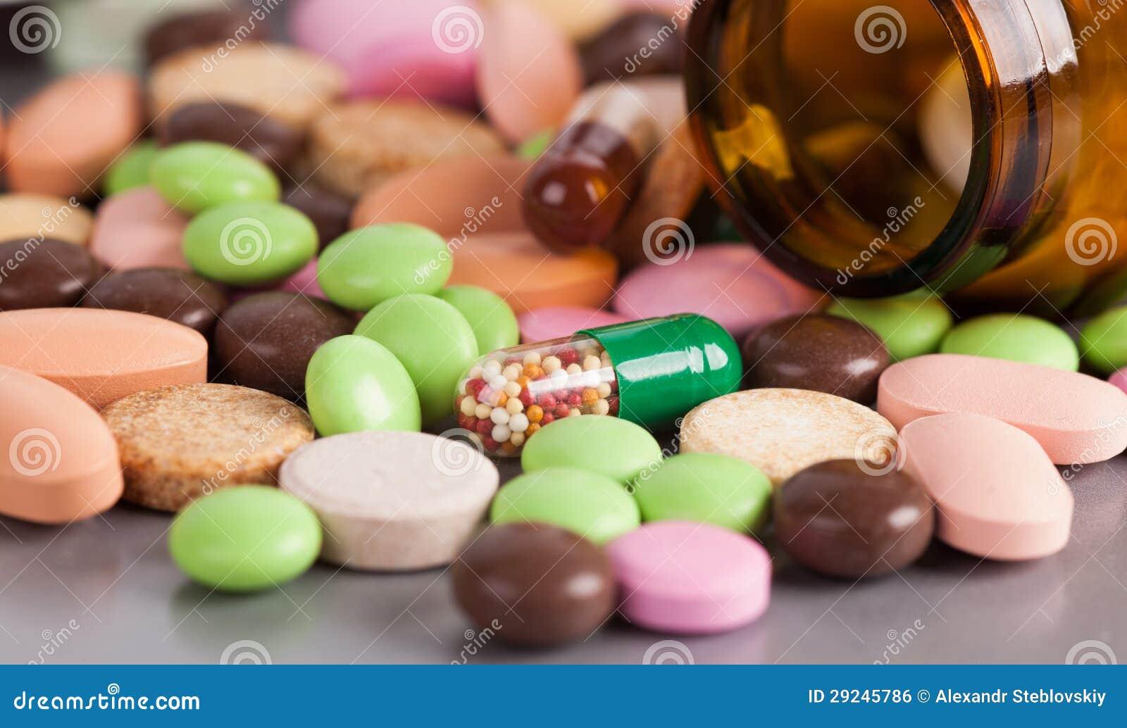 Download Montão De Comprimidos Coloridos Foto de Stock - Imagem de ninguém, prescrição: 29245786