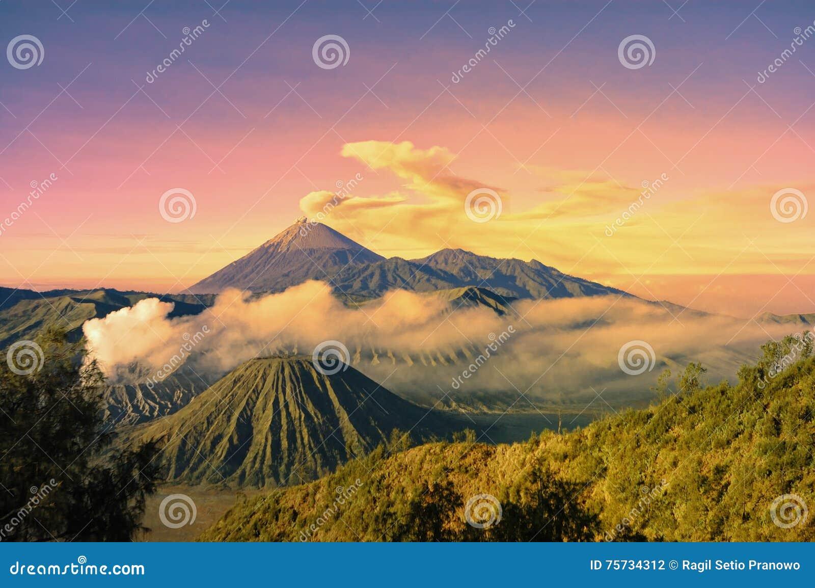 Montaña de Bromo en la mañana