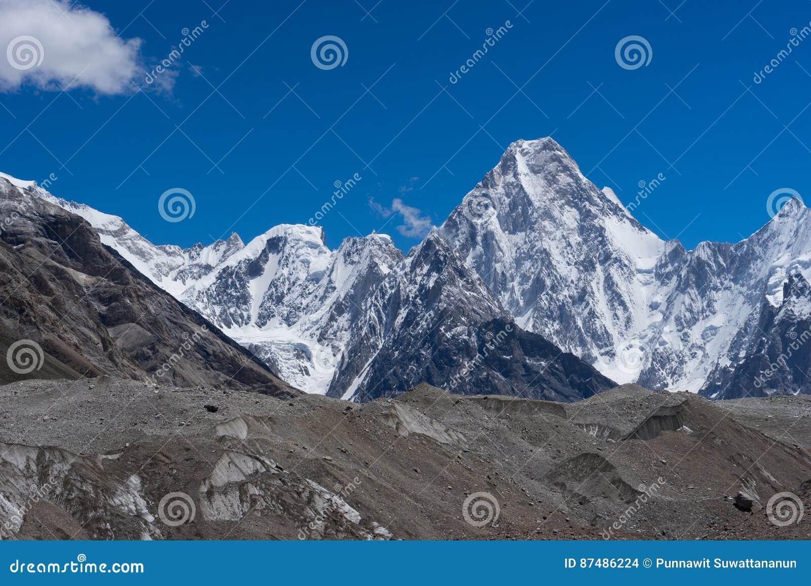 Montaña del macizo de Gasherbrum, cordillera de Karakorum, K2 viaje, P