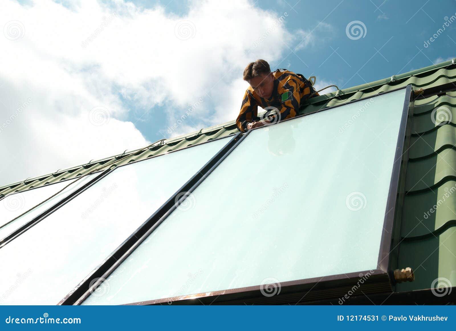 Montador del circuito de agua solar
