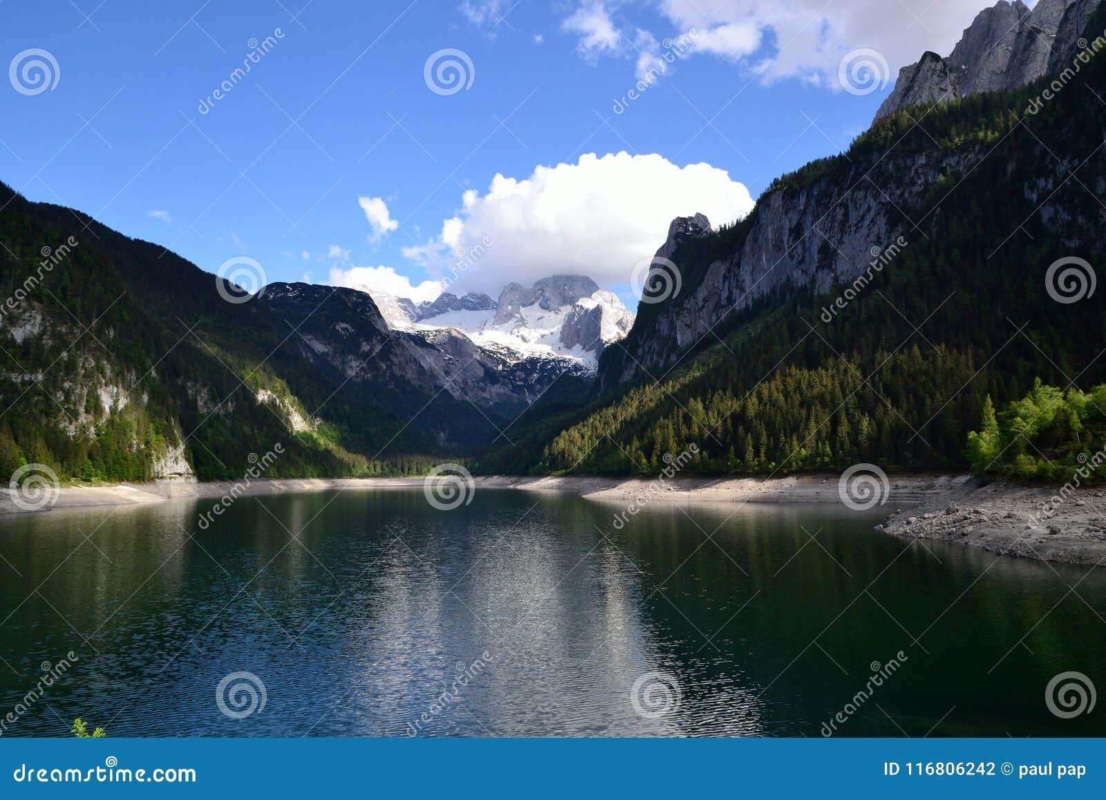 Montagna Gosau del lago
