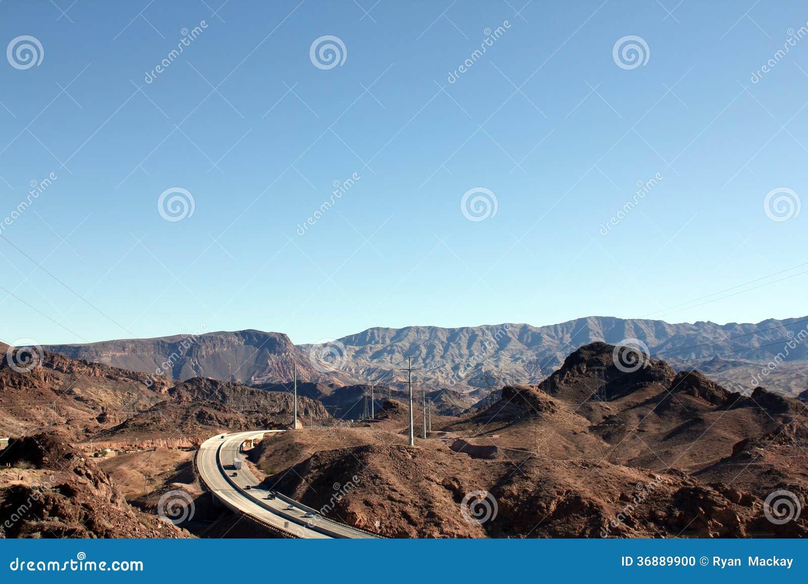 Download Montagne fotografia stock. Immagine di nevada, molla - 36889900
