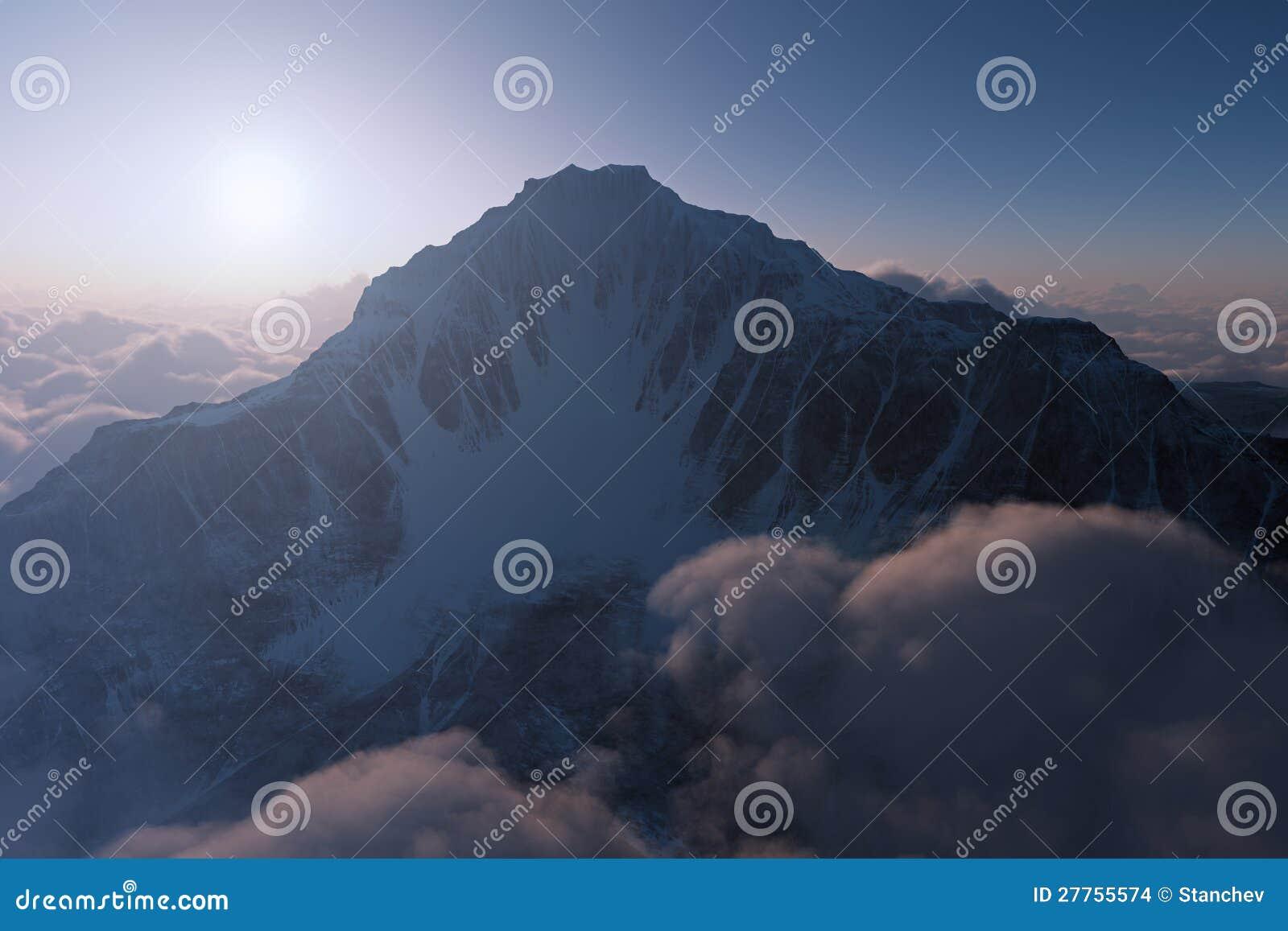 Montagne de coucher du soleil