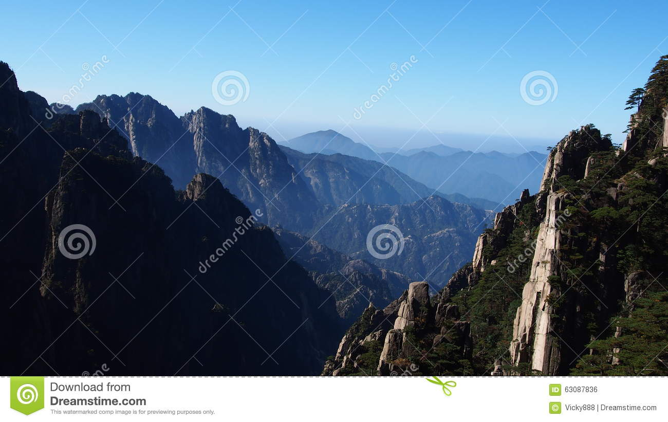 Download Montagne Jaune (Huang Shan) Photo stock - Image du d0, notable: 63087836