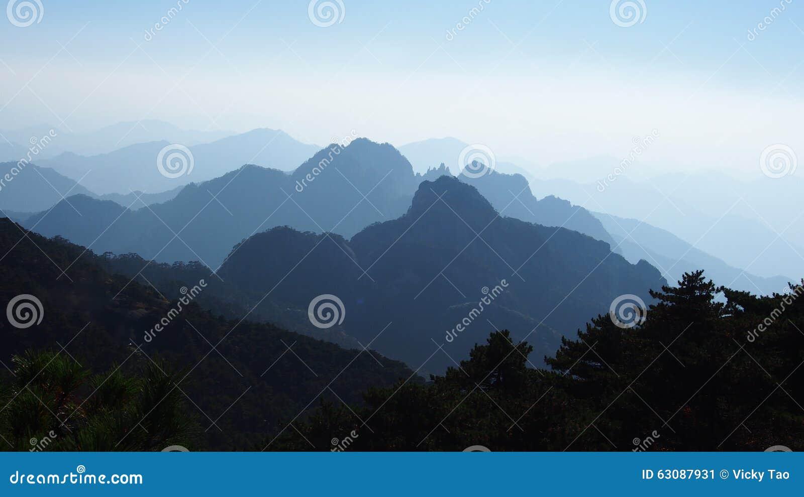 Download Montagne Jaune (Huang Shan) Image stock - Image du ciel, montagne: 63087931