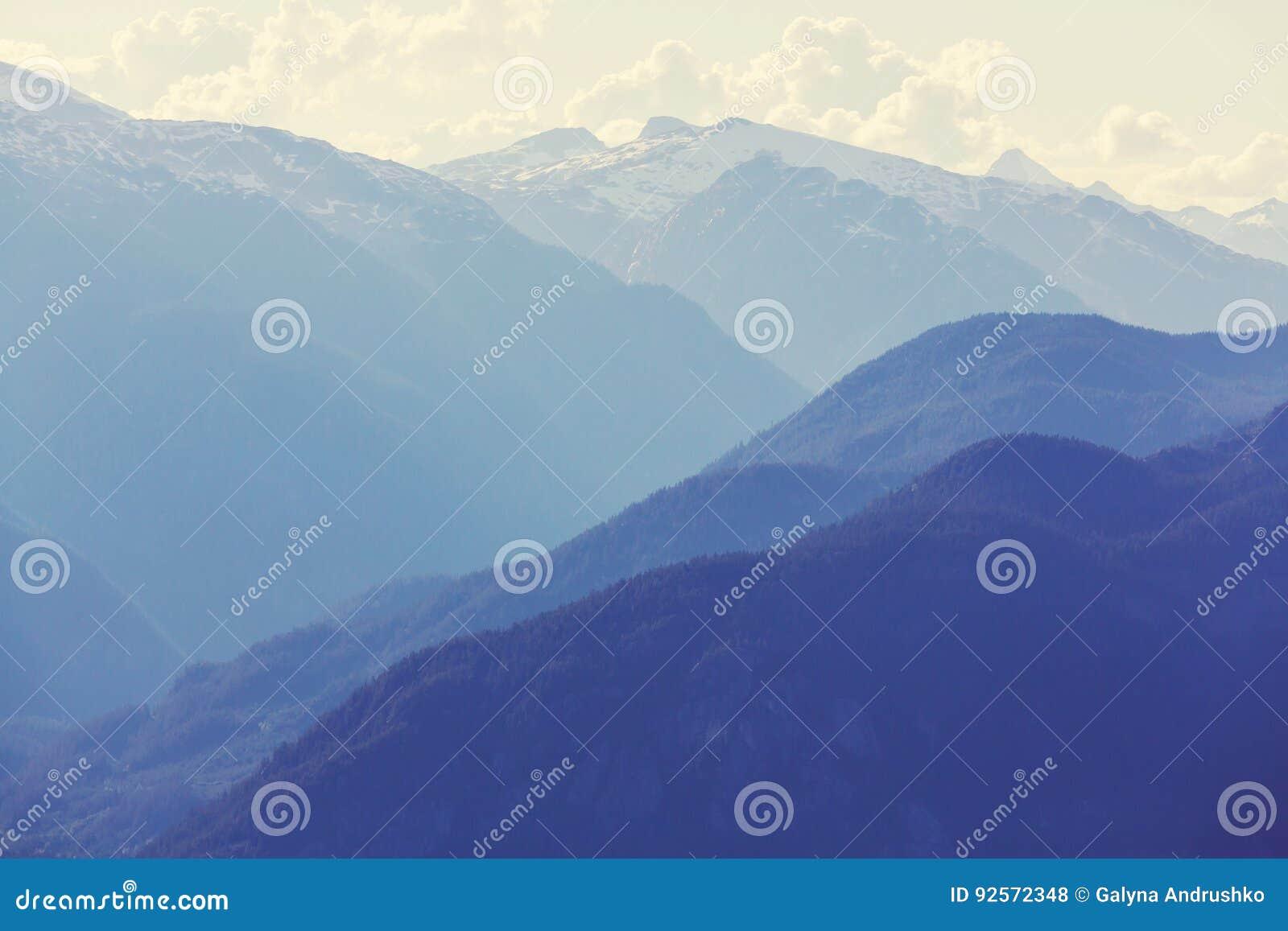 Montagne nel Canada