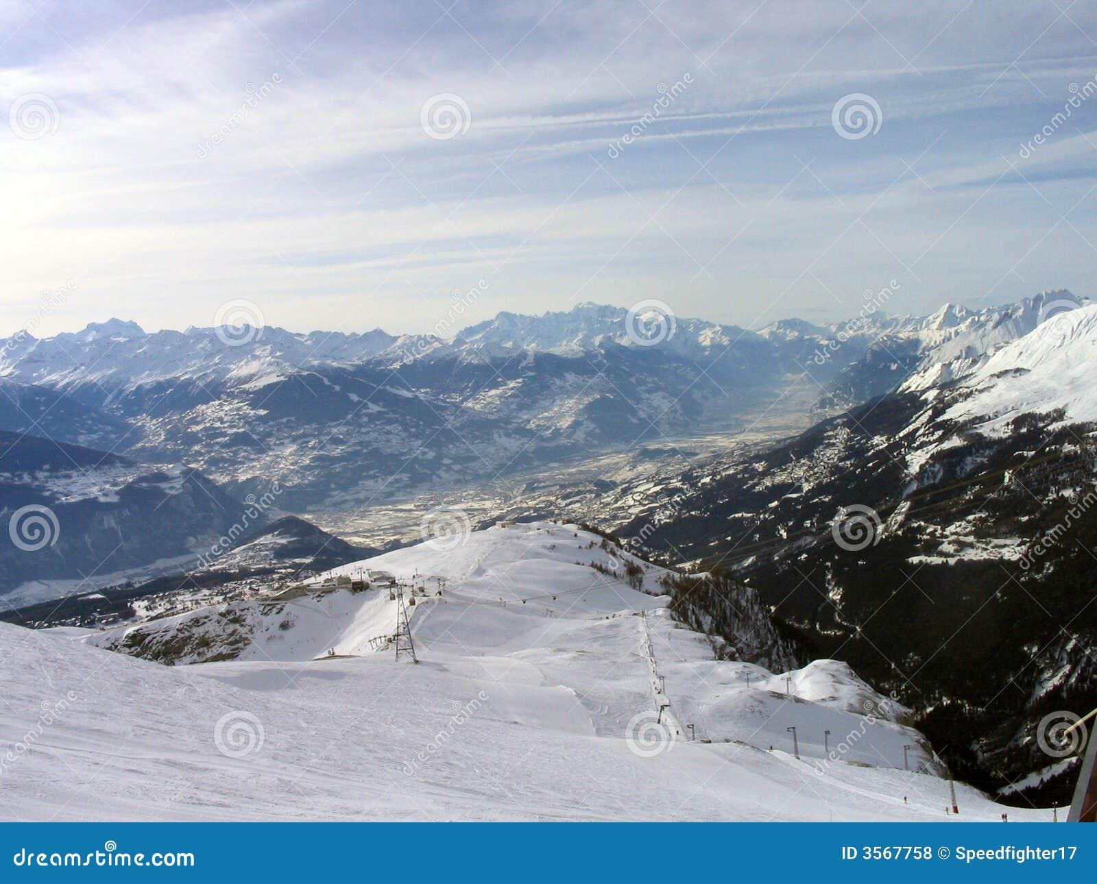 Montagne svizzere delle alpi