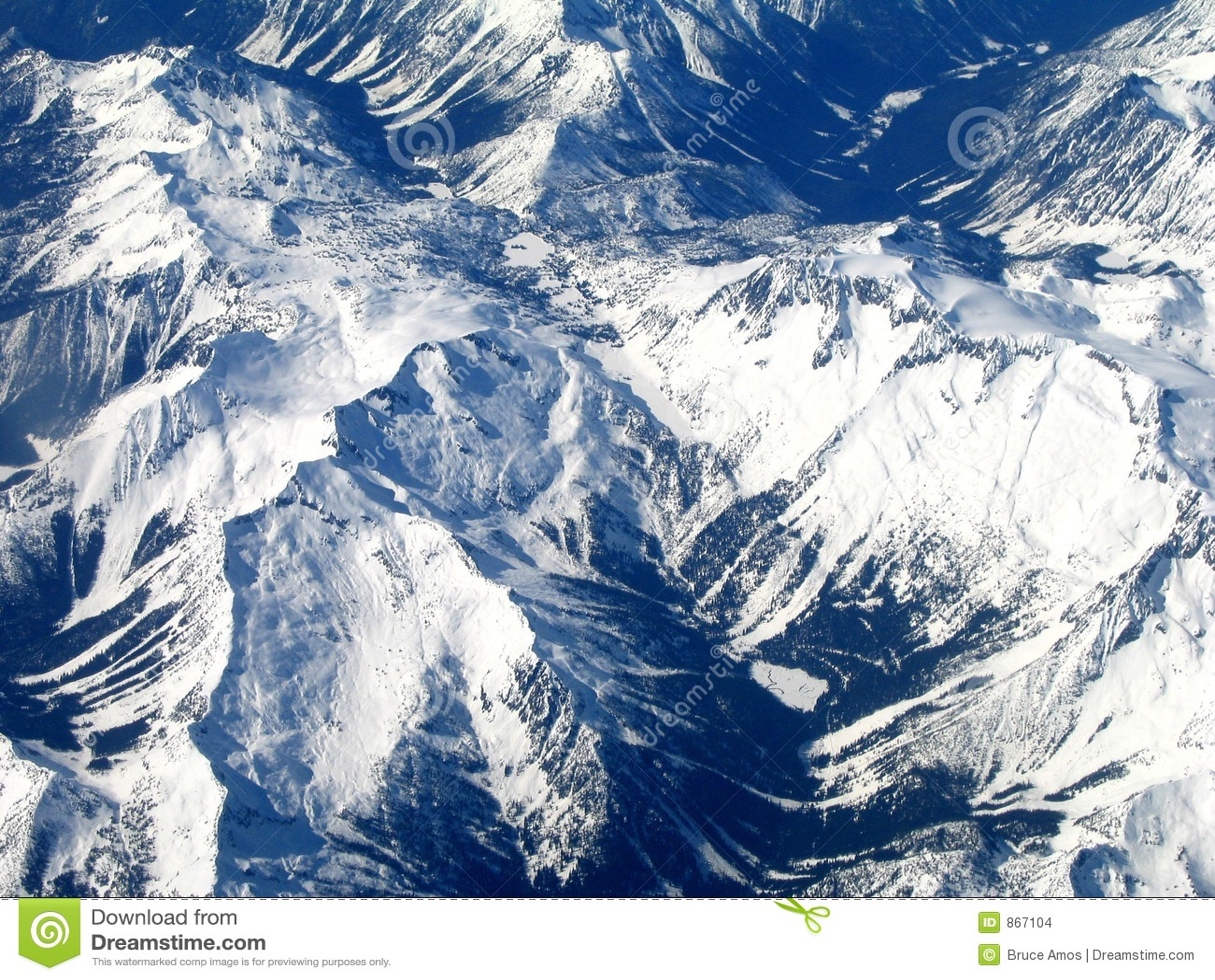 Montagnes rocheuses du ciel