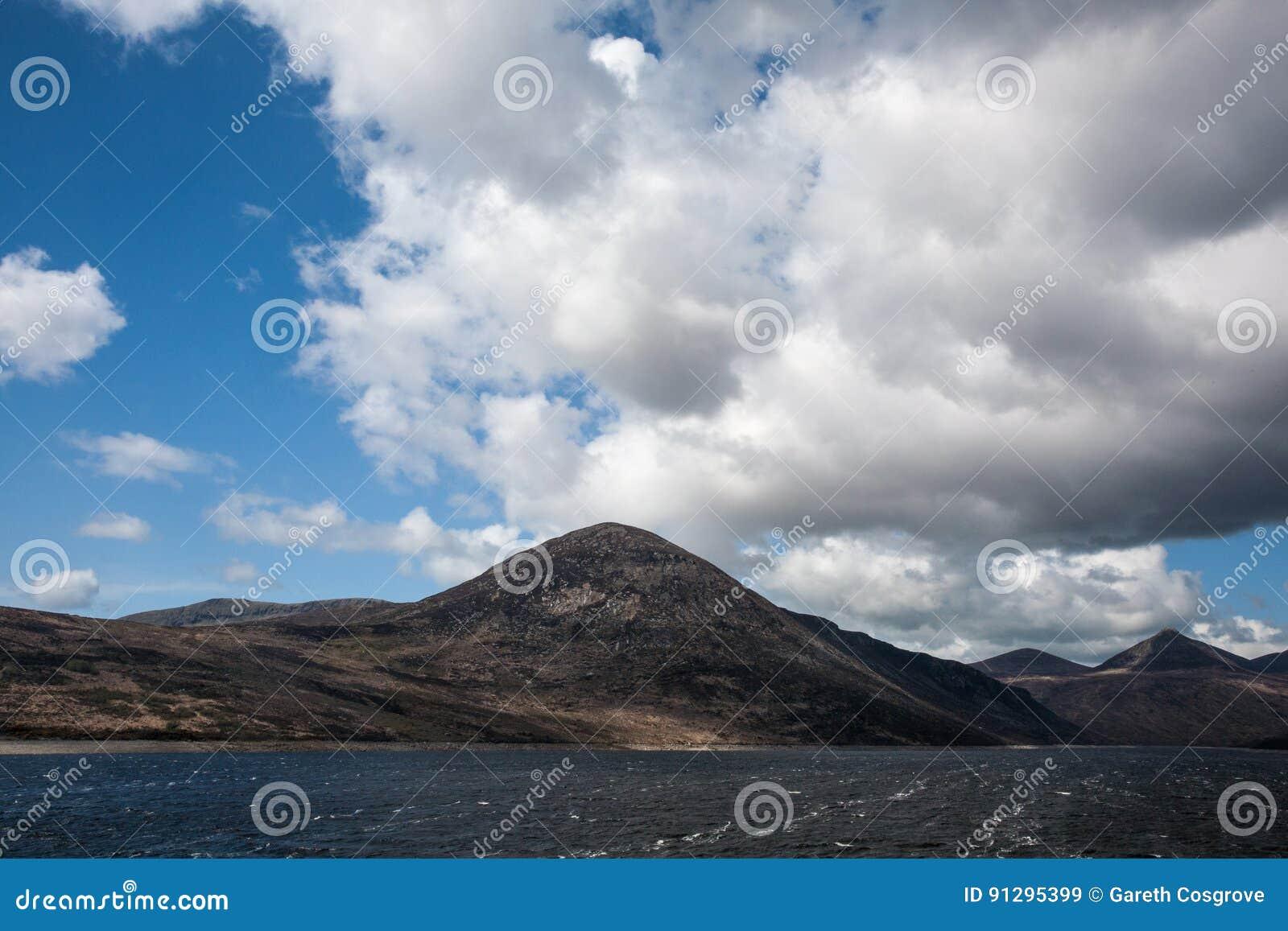 Montanhês no vale silencioso, condado para baixo, Irlanda do Norte