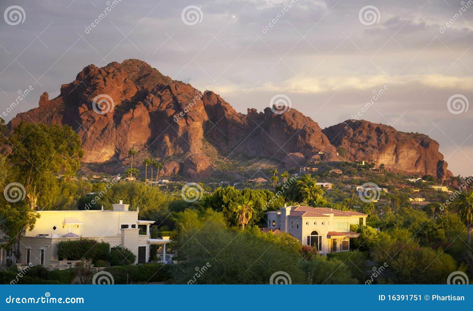 Montanha de Camelback em Scottsdale, o Arizona