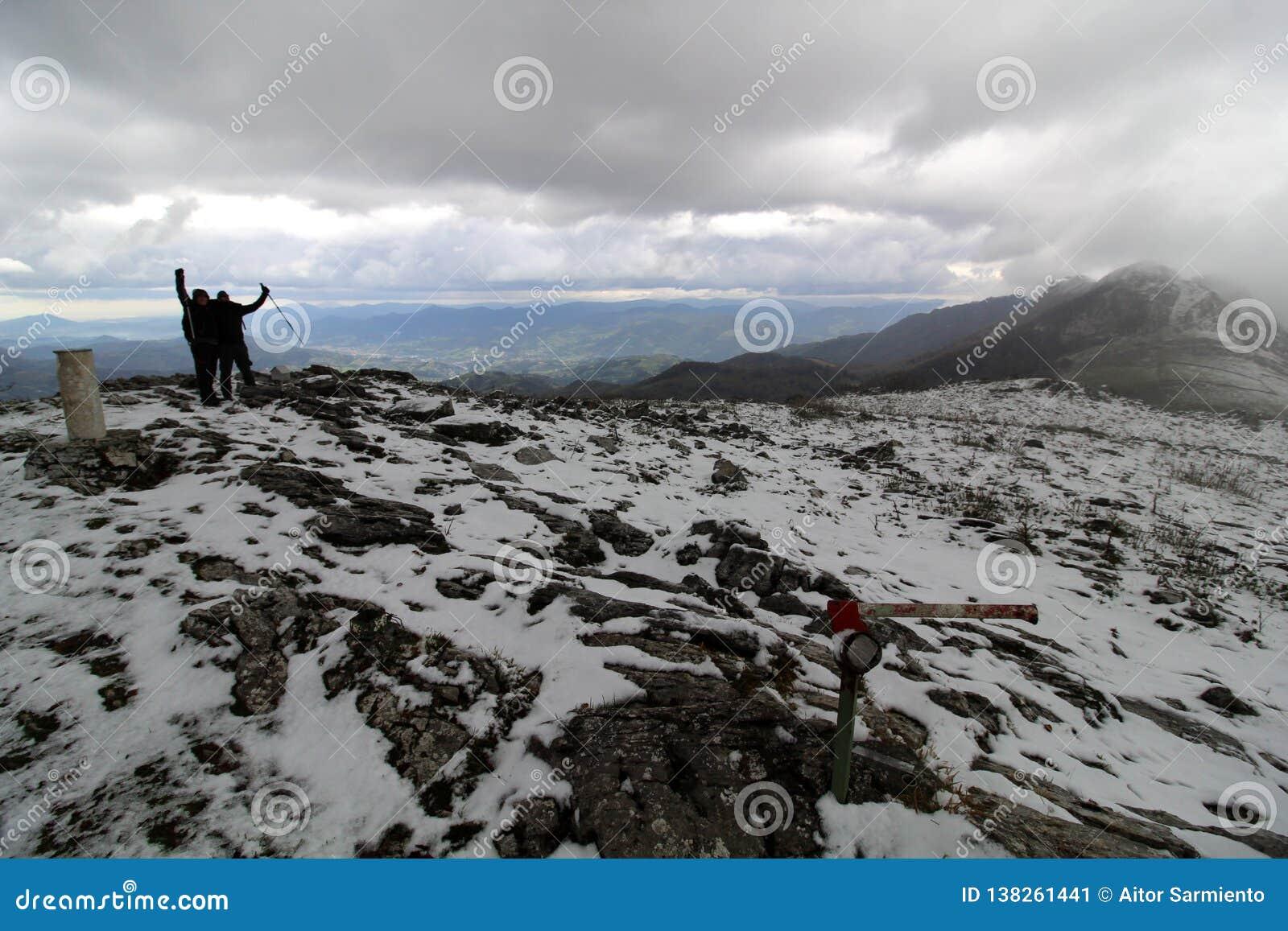 Montanha de Gazume no país Basque