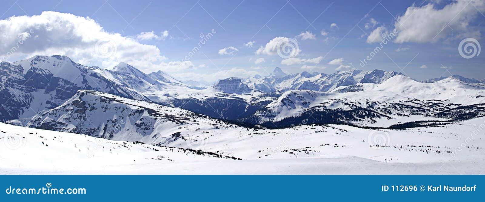 Montanha nevado II panorâmico